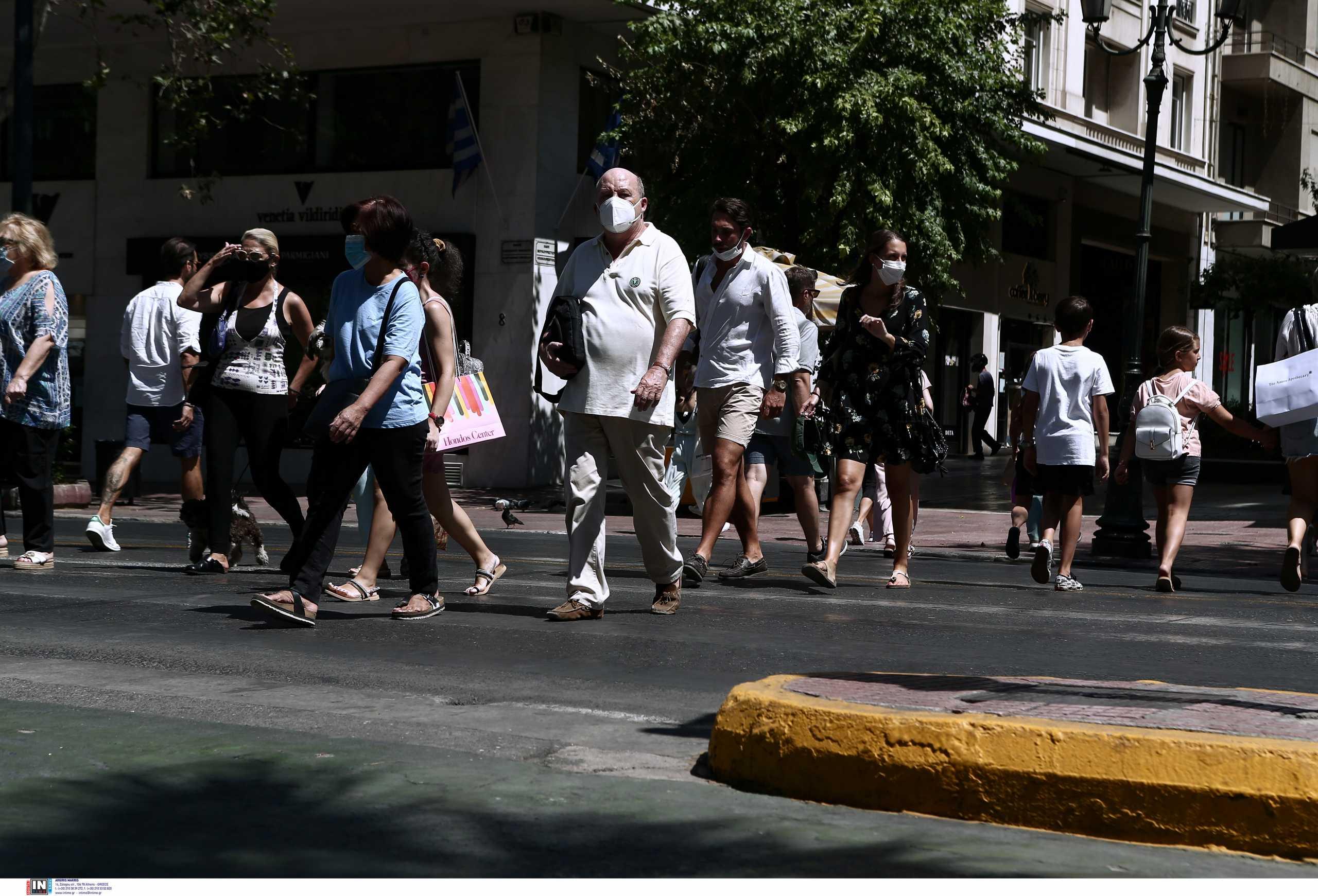 Τζανάκης: Γιατί ενδέχεται να μειωθούν τα κρούσματα κορονοϊού από μέσα Σεπτεμβρίου
