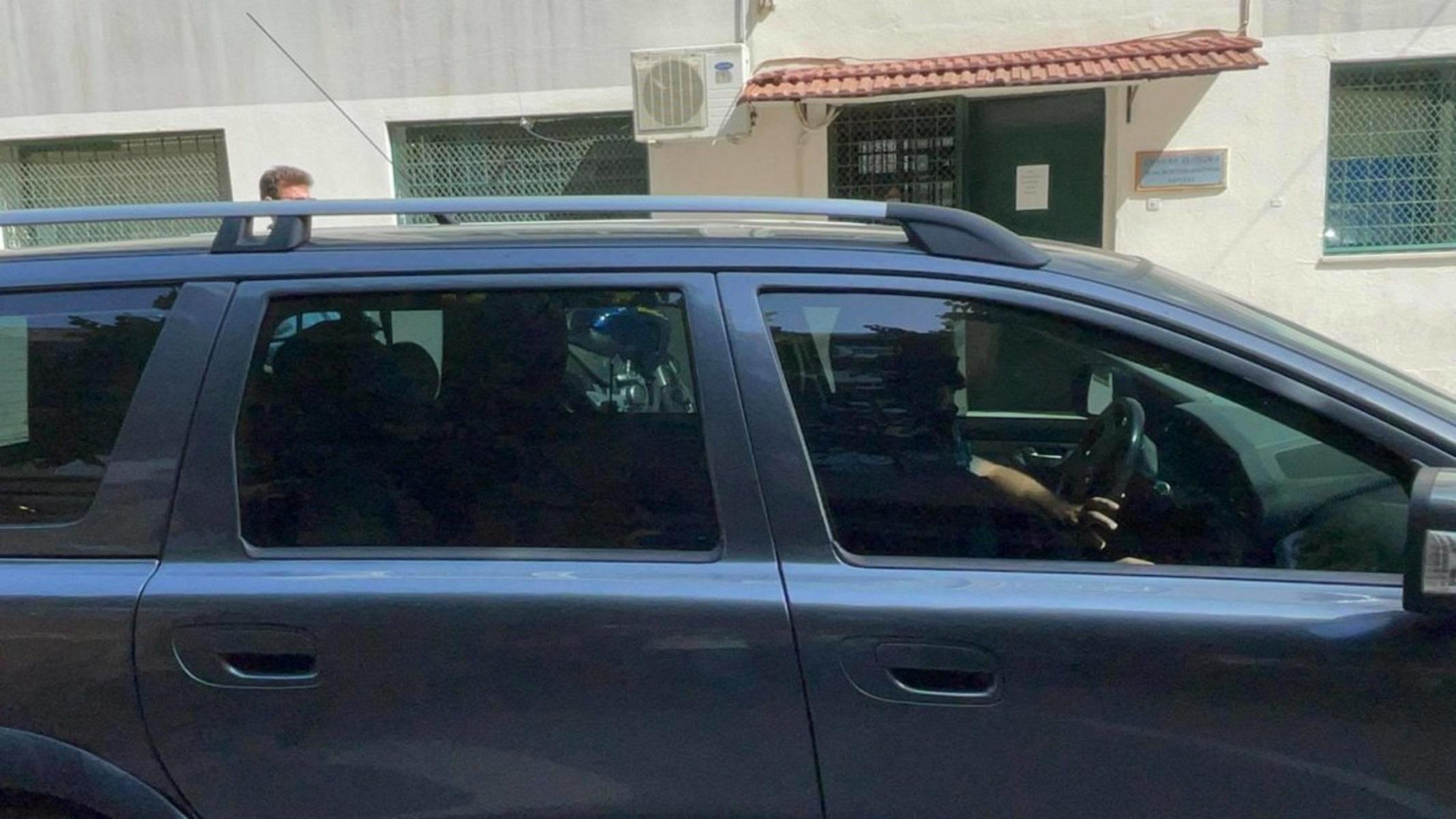 Λάρισα: Ενώπιον του εισαγγελέα ο συζυγοκτόνος