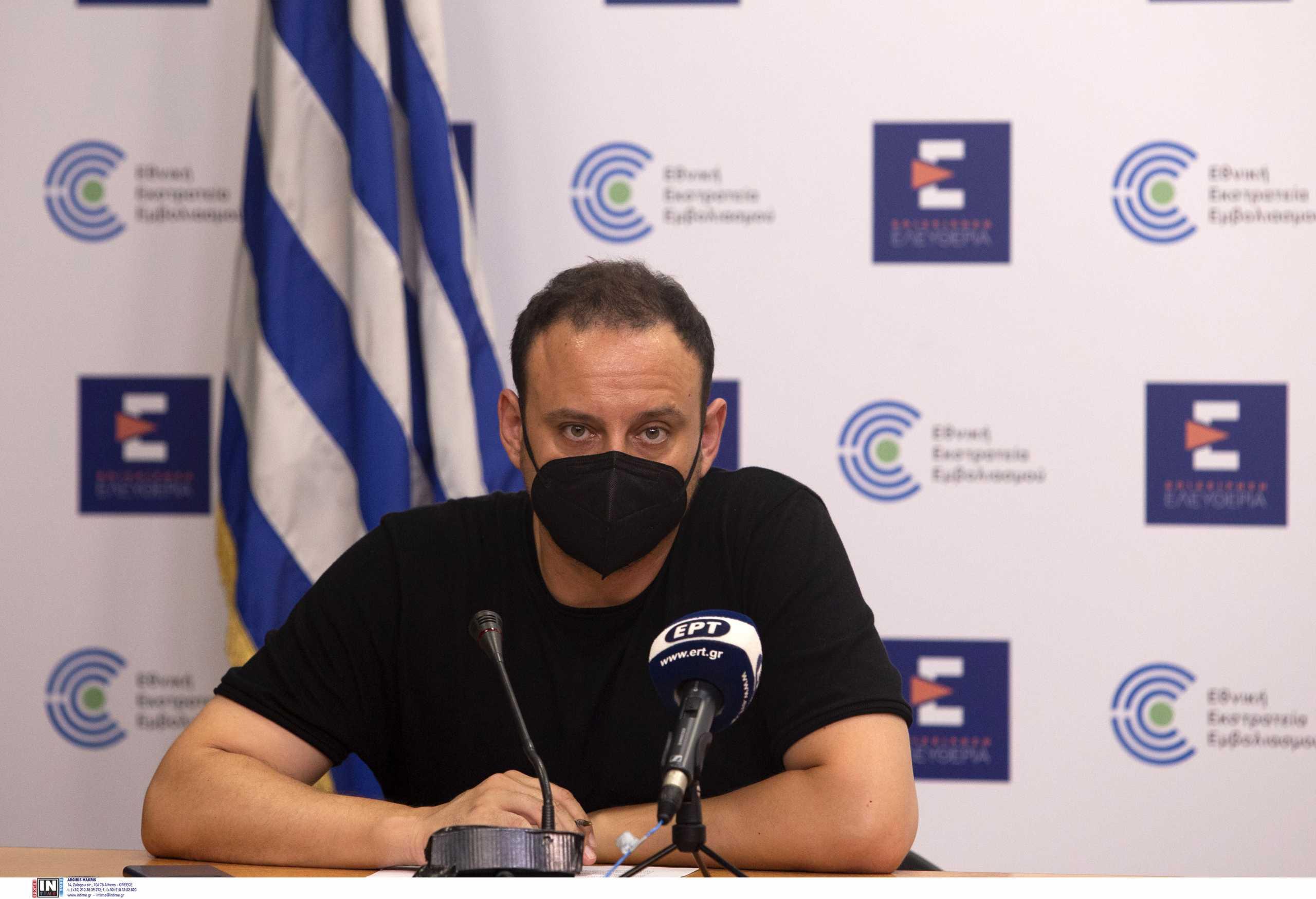 Γκίκας Μαγιορκίνης: Πρέπει να ετοιμαζόμαστε για έναν δύσκολο χειμώνα – 35% αύξηση στις εισαγωγές σε ΜΕΘ