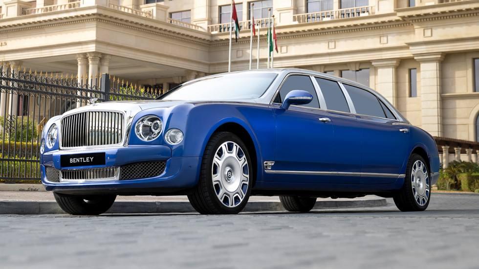 Εμιράτα: Αγόρασε πέντε πανάκριβες Bentley και δεν της κούνησε ούτε χιλιόμετρο!