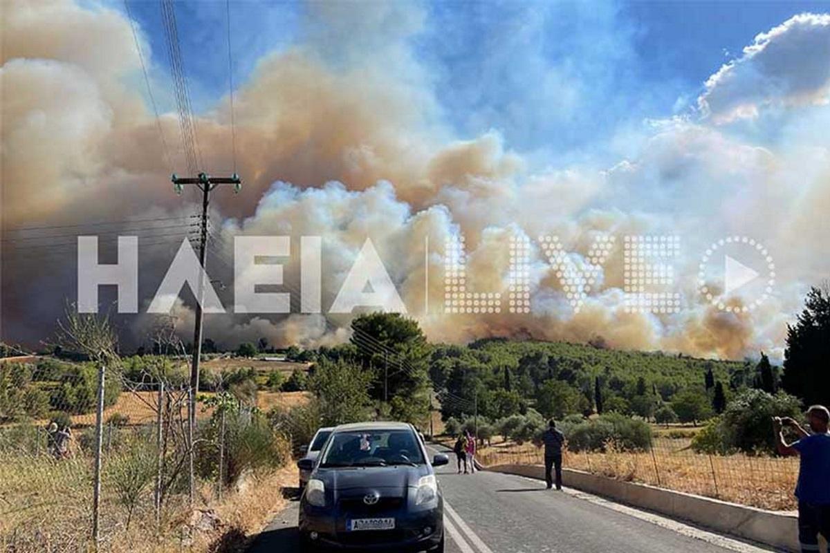 Φωτιά στην Ηλεία: Εγκλωβισμένοι πολίτες στα Βίλλια – Νέα εκκένωση χωριού