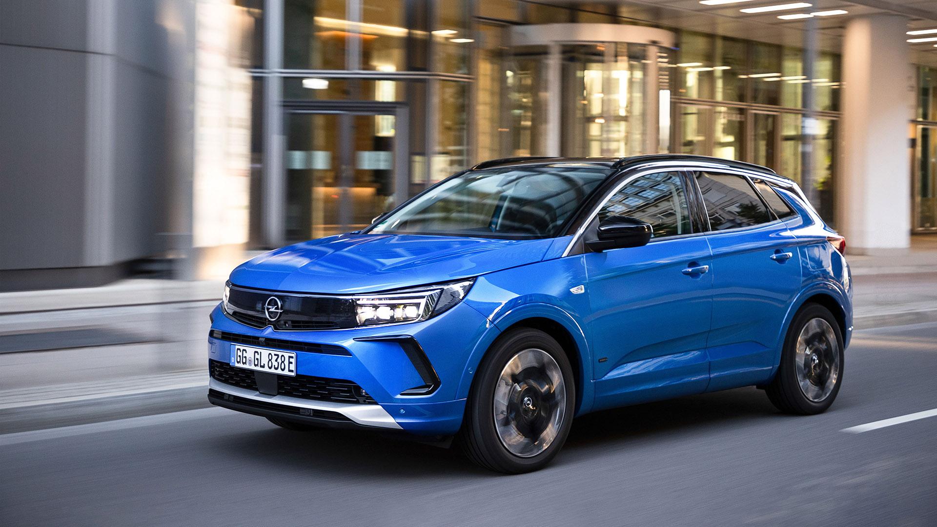 Opel: Δοκιμάζουμε το ανανεωμένο Grandland (pics)