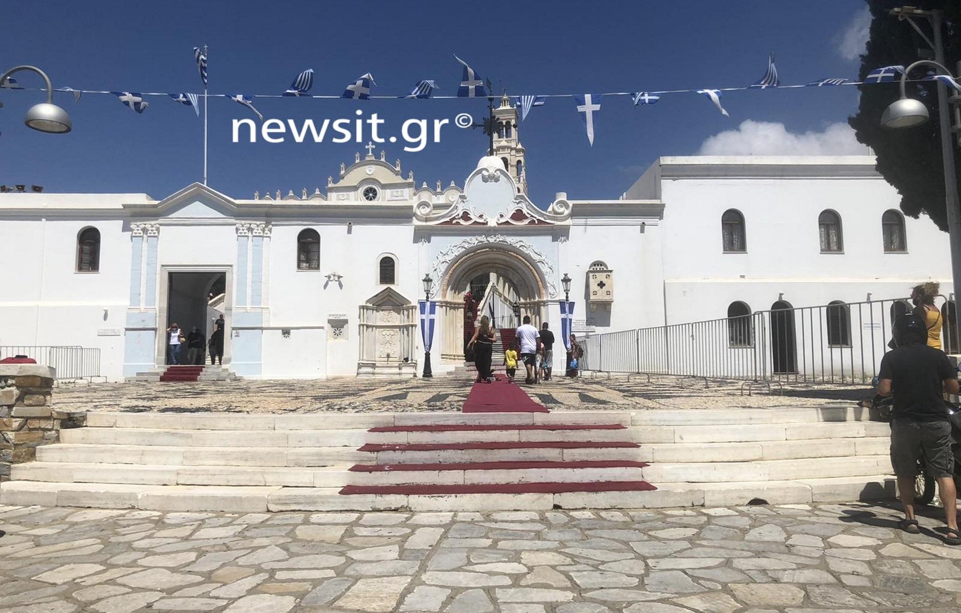 Δεκαπενταύγουστος: Συναγερμός στις εκκλησίες λόγω κορονοϊού – Πώς θα γιορτάσουν Τήνος και Πάρος