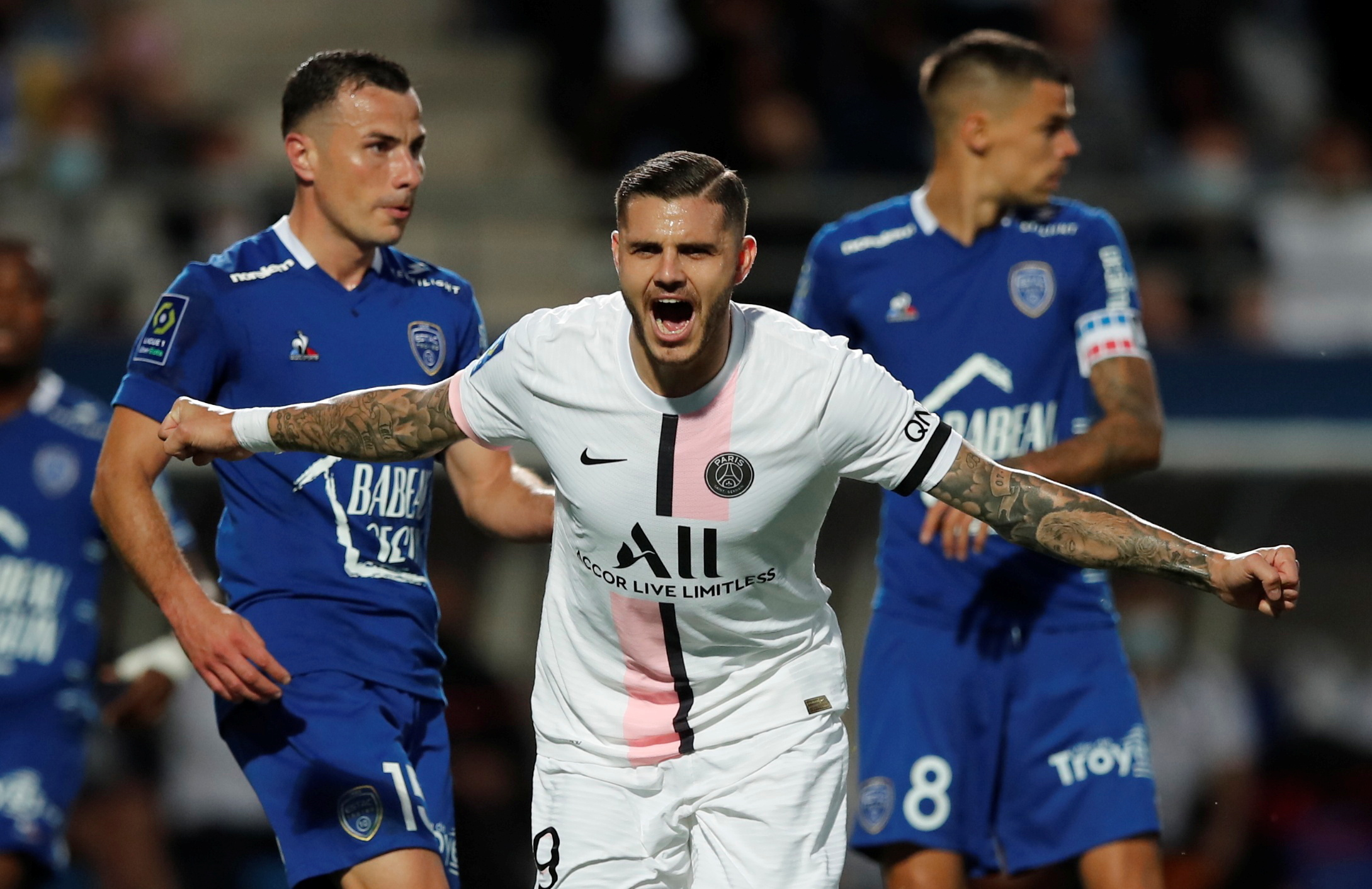Ligue 1: Με το δεξί η Παρί πριν την άφιξη Μέσι – Γλίτωσε τα χειρότερα στην πρεμιέρα η Λιόν