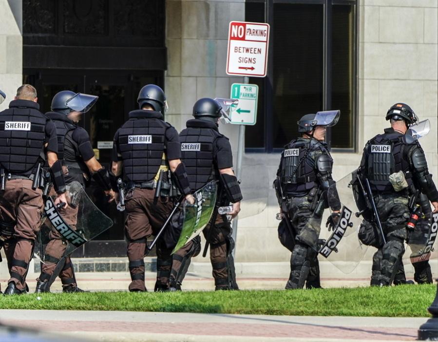 ΗΠΑ: Νεκρός αστυνομικός σε πυροβολισμούς έξω από το Πεντάγωνο