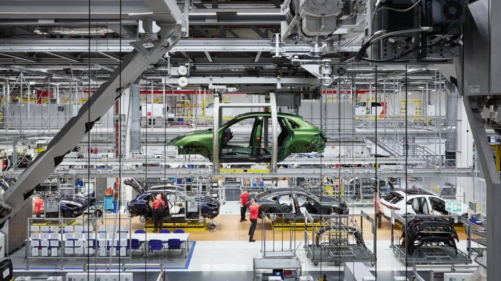 H Porsche θα ξεκινήσει να κατασκευάζει αυτοκίνητα και εκτός Ευρώπης