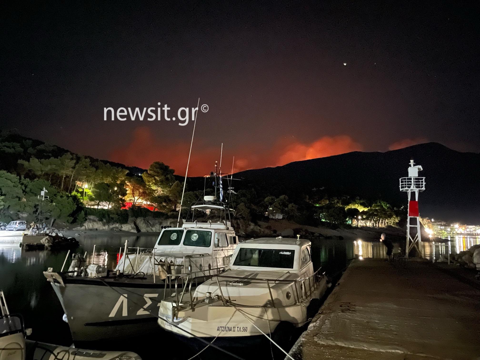 Φωτιά στα Βίλια: Νύχτα αγωνίας στις φλόγες