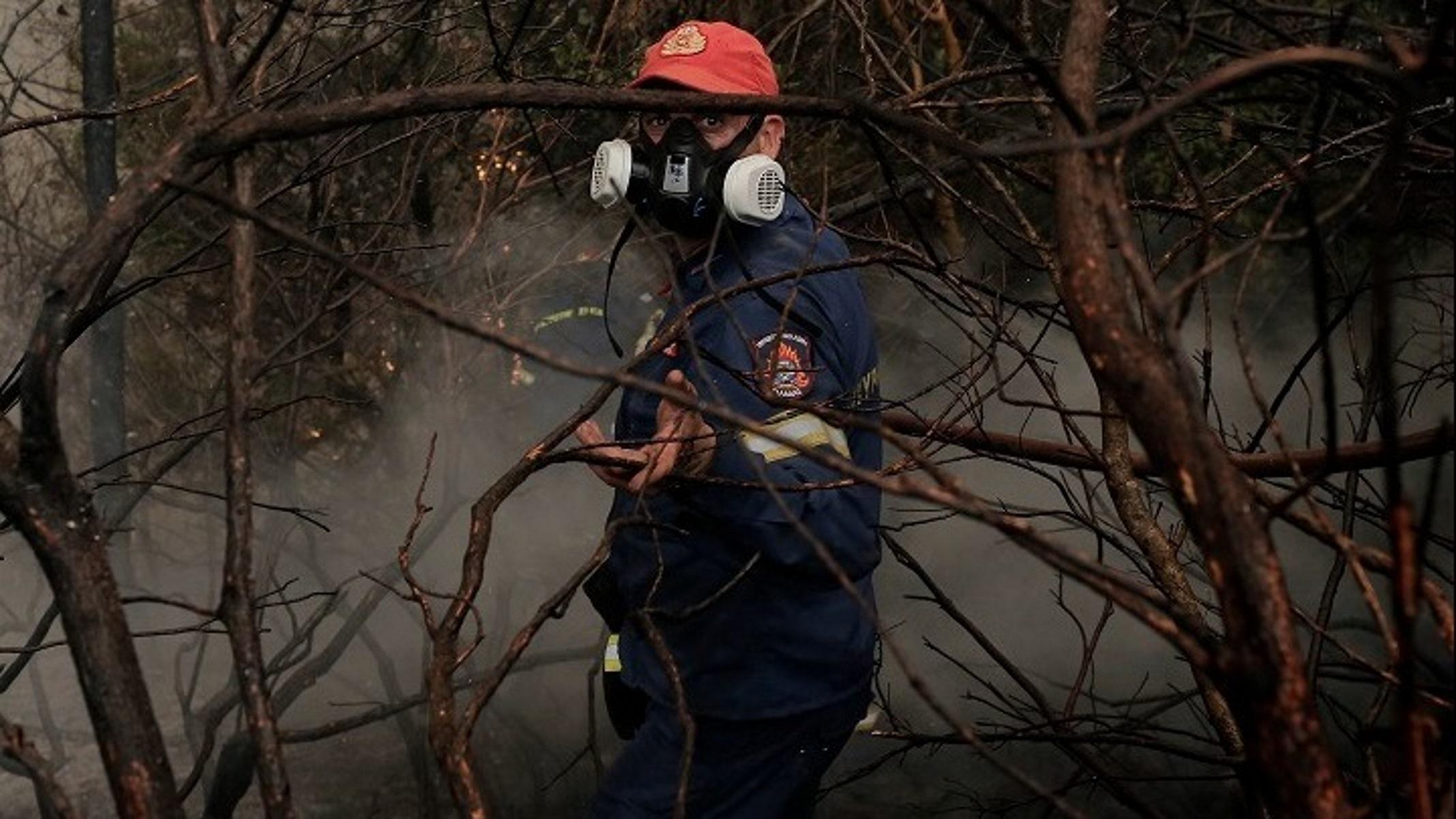 Φωτιές: Δωρεές ύψους 1 εκατ. ευρώ σε πυρόπληκτους και πυροσβεστική από τον εφοπλιστή Πάνο Λασκαρίδη