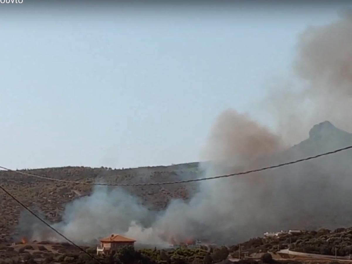 Φωτιά τώρα στο Σούνιο: Κοντά σε κατοικίες