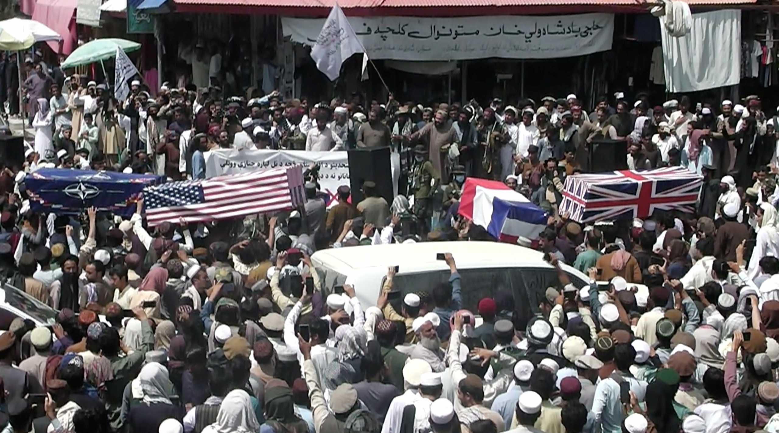Υποστηρικτές των Ταλιμπάν έκαναν εικονική κηδεία Αμερικανών στρατιωτών