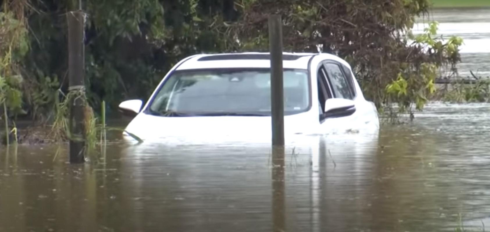 ΗΠΑ: Φονικές πλημμύρες στο Τενεσί – Τουλάχιστον 21 νεκροί και 50 αγνοούμενοι