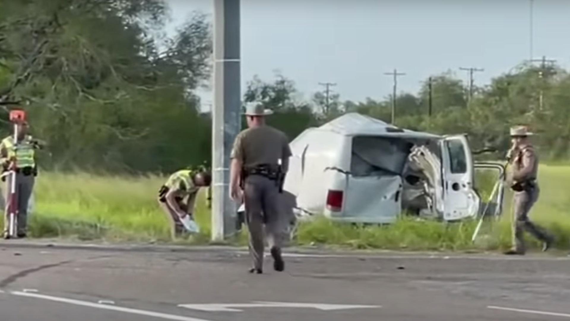 ΗΠΑ: Πολύνεκρο τροχαίο με 10 νεκρούς στο Τέξας – Ανατράπηκε βαν που μετέφερε μετανάστες
