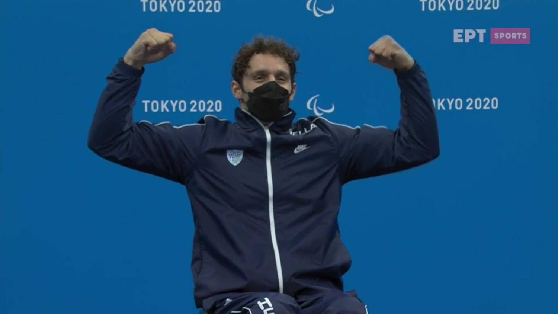 Παραολυμπιακοί Αγώνες: Συγκινημένος ο Αντώνης Τσαπατάκης στην απονομή του χάλκινου μεταλλίου