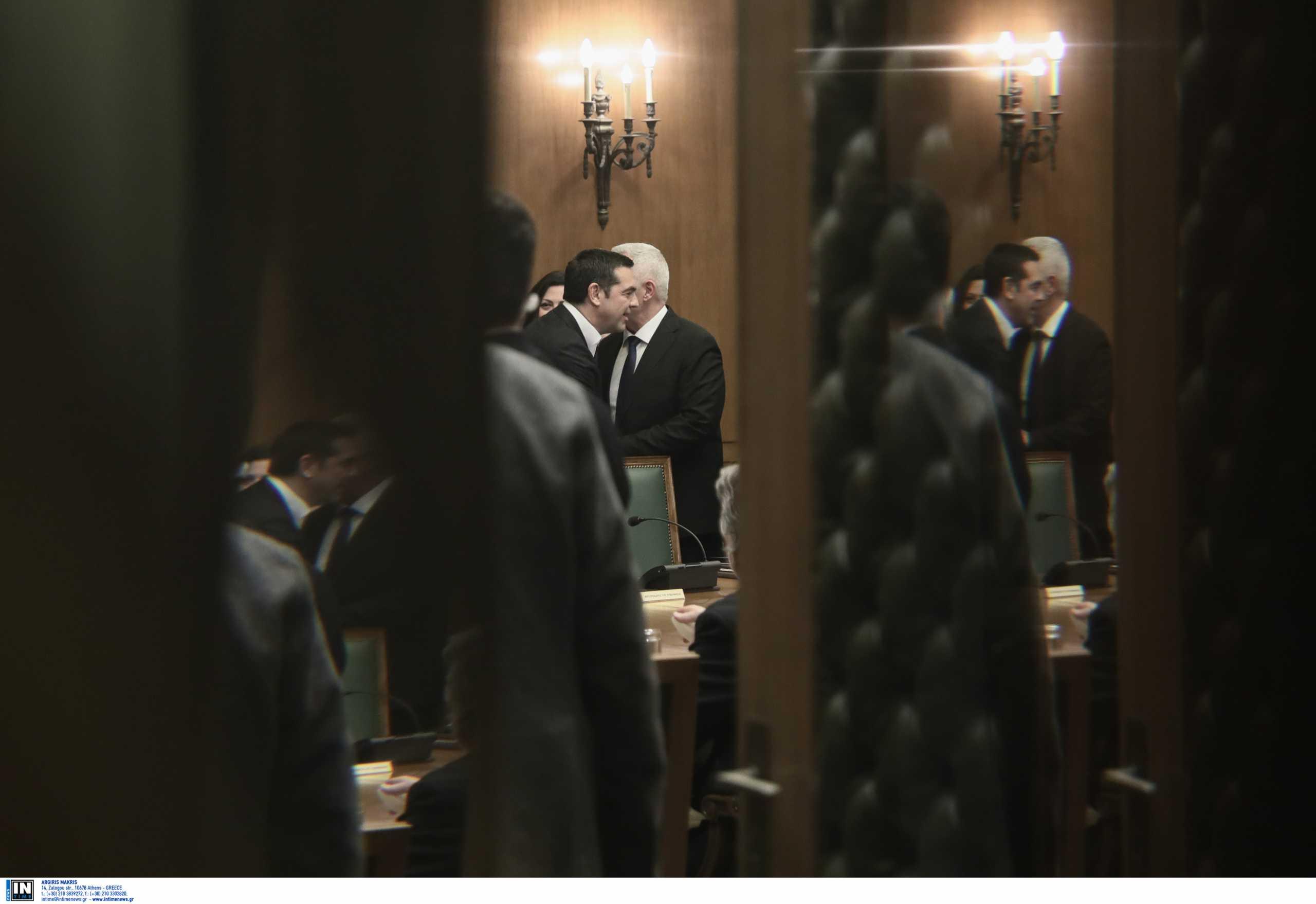 Ευάγγελος Αποστολάκης σε Αλέξη Τσίπρα: Πρόεδρε με παγίδευσαν, μου είπαν ότι υπάρχει συναίνεση