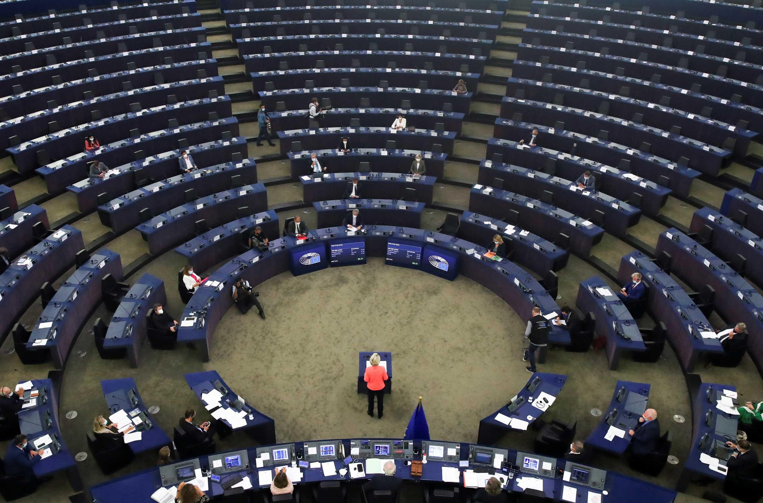«Ευρωπαϊκή Αμυντική Ένωση» θέλει η φον ντερ Λάιεν – Στο επίκεντρο τα εξοπλιστικά