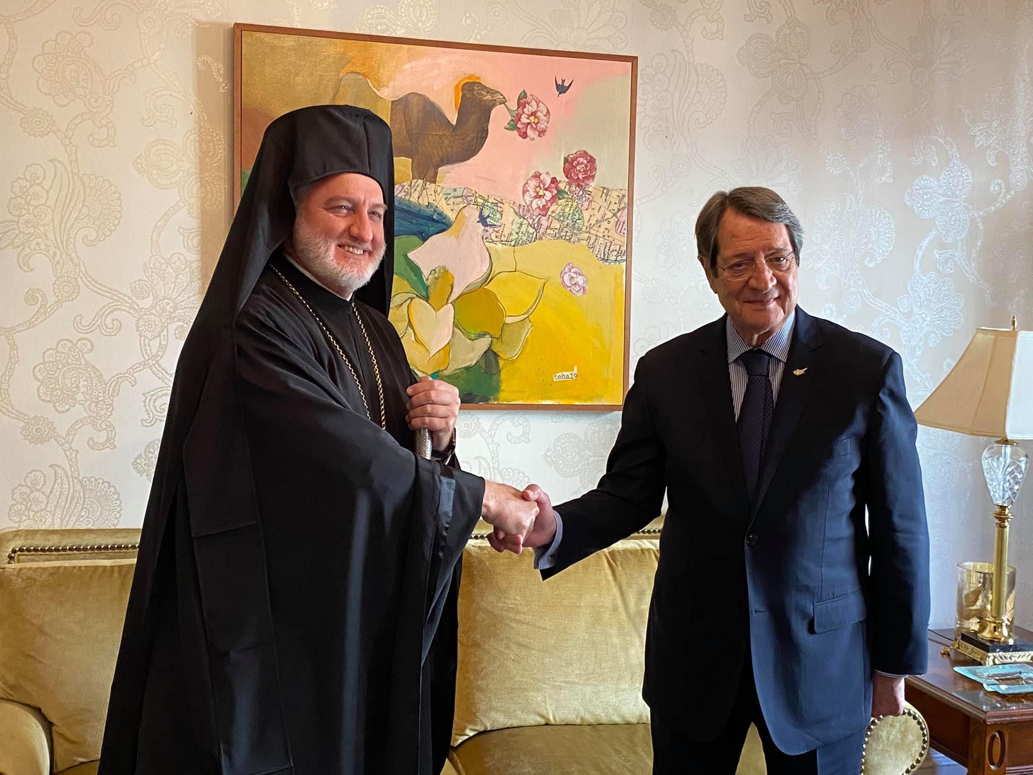 Νίκος Αναστασιάδης και Αρχιεπίσκοπος Ελπιδοφόρος συναντήθηκαν στη Νέα Υόρκη – «Το θέμα έληξε»