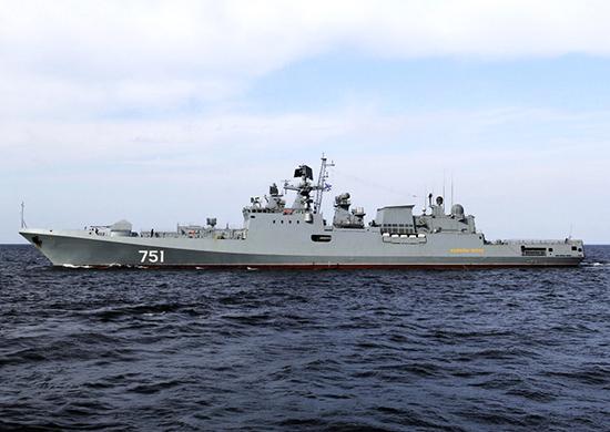 Admiral Essen: Η πανίσχυρη ρωσική φρεγάτα ελλιμενίστηκε στο λιμάνι της Λεμεσού