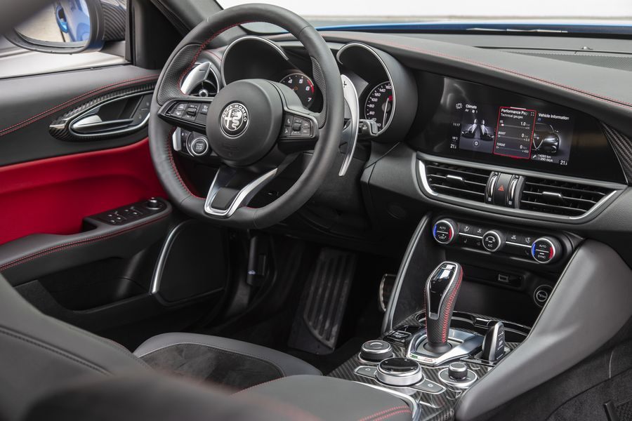 Η Alfa Romeo δεν θα κάνει τα αυτοκίνητά της… iPad!