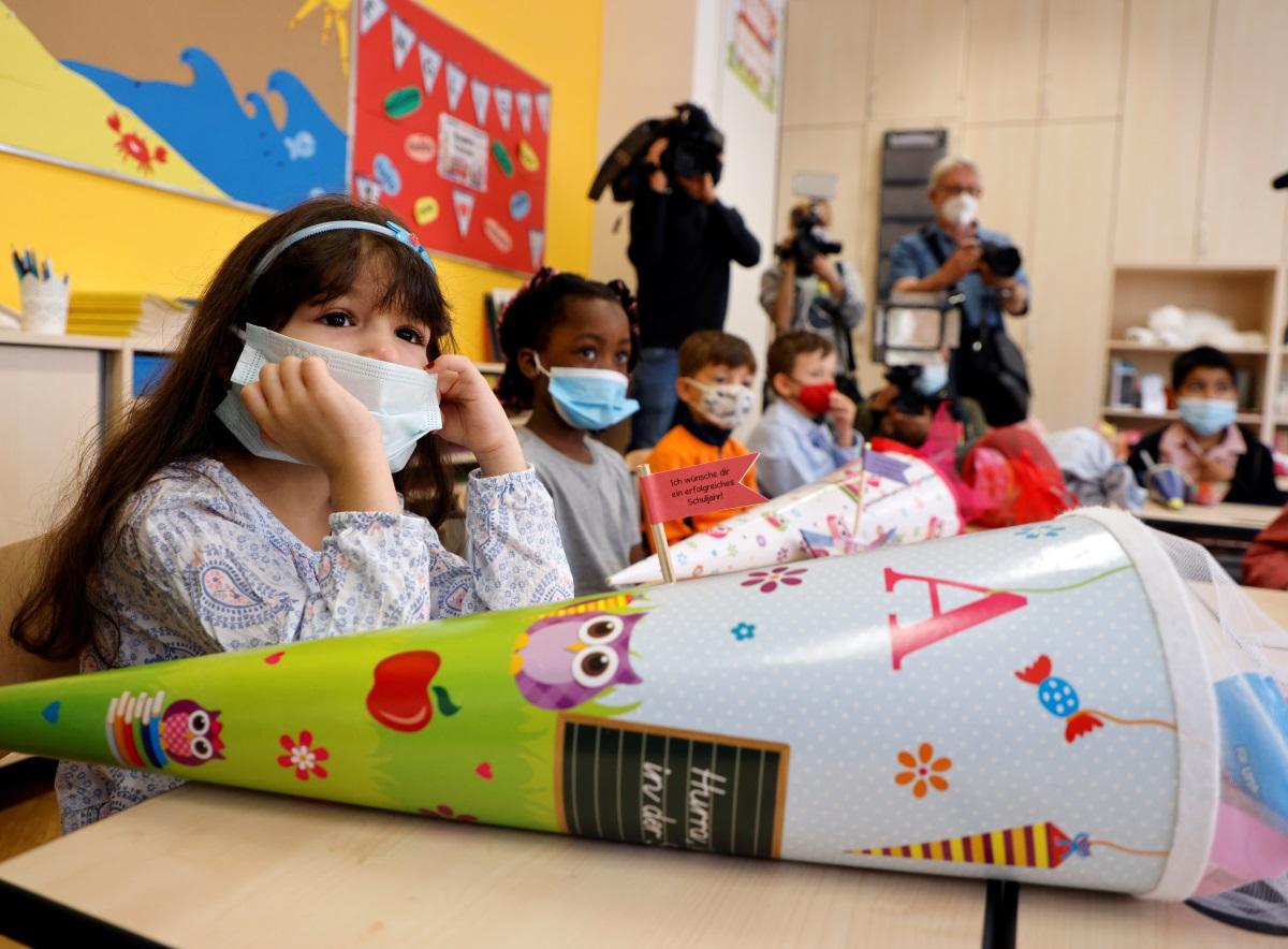 Κορονοϊός: Τι χρώμα θα έχει το μέλλον της πανδημίας – Η μετάλλαξη Δέλτα και ο εμβολιασμός