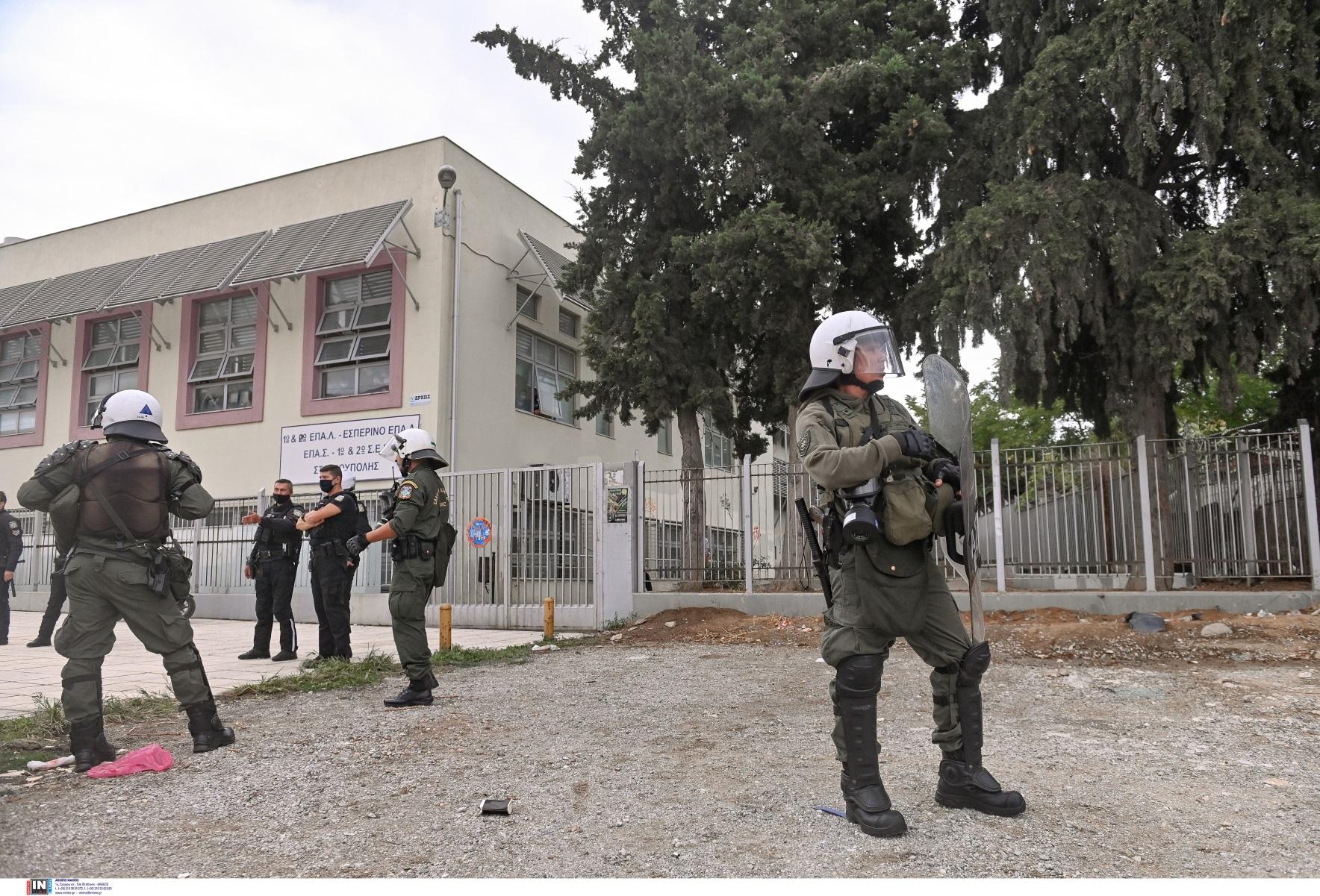 ΕΠΑΛ Ευόσμου: Αναβλήθηκε η δίκη για τους τρεις συλληφθέντες
