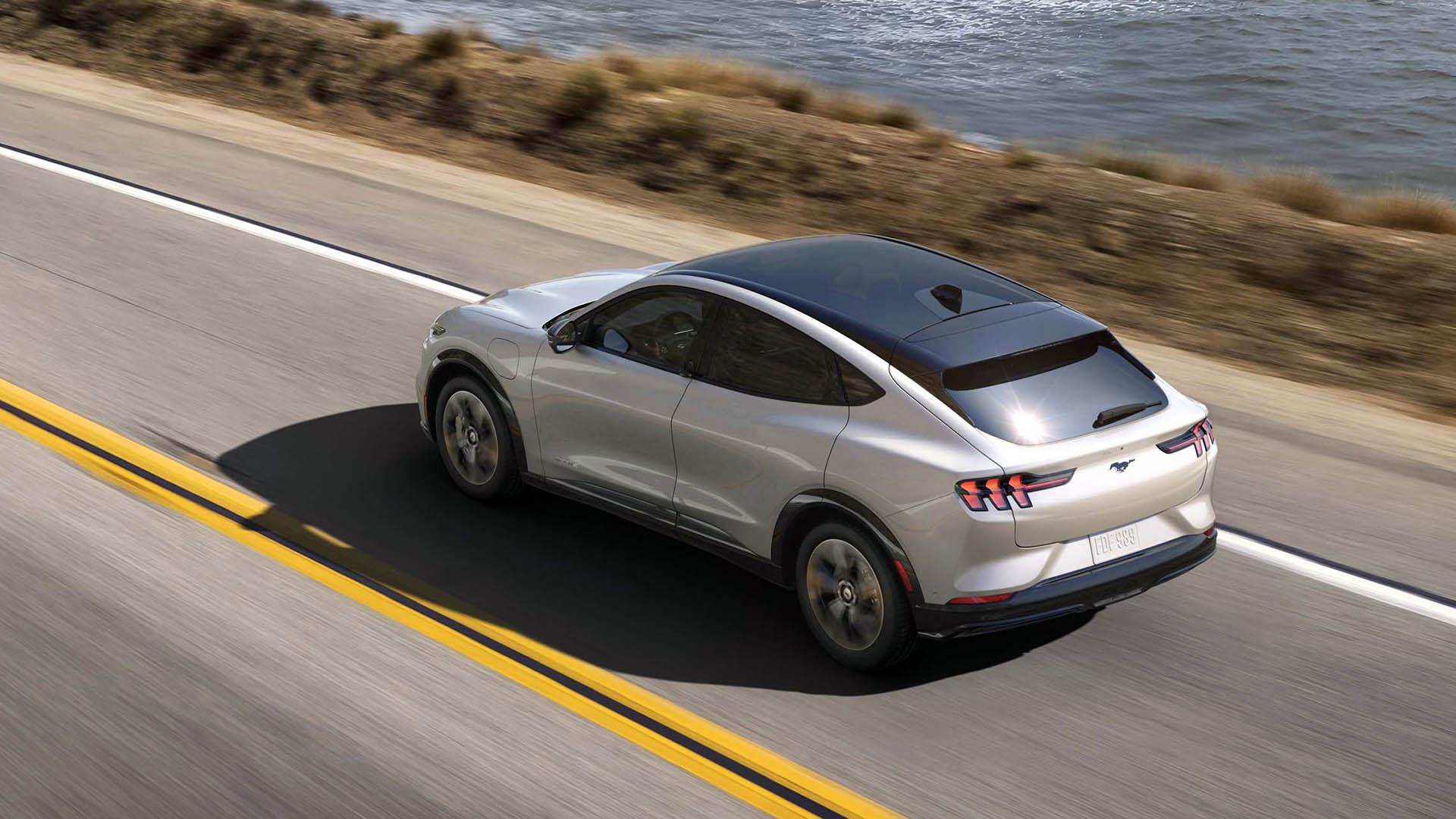Ταξίδι με ηλεκτρικό; Η νέα Mustang Mach-E κάνει τα οδοιπορικά απόλαυση!