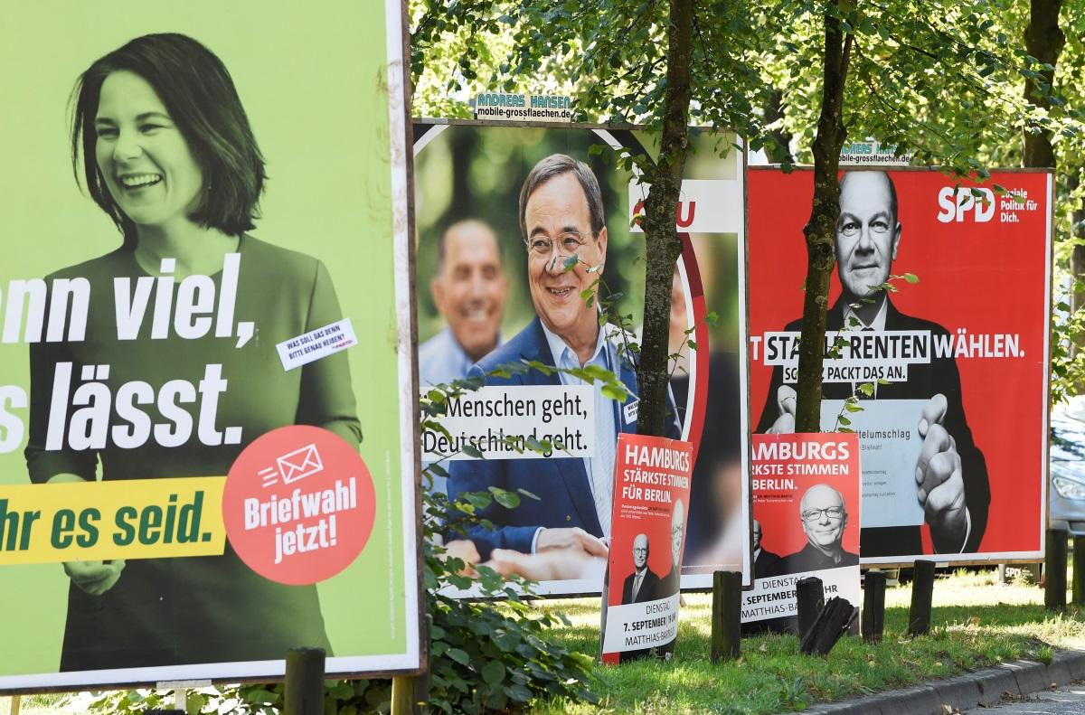 Γερμανία: Ο Όλαφ Σολτς διευρύνει την διαφορά του από τον Άρμιν Λάσετ μόλις 3 εβδομάδες πριν τις εκλογές