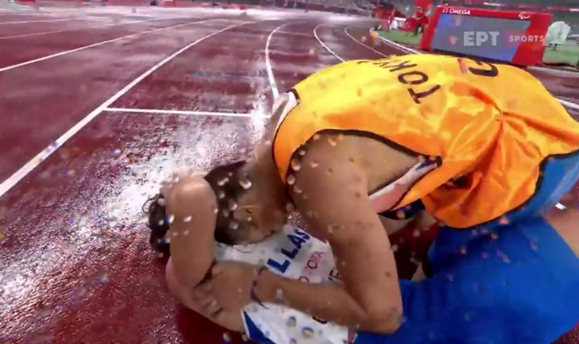 Παραολυμπιακοί Αγώνες: Η «χρυσή» κούρσα του Θανάση Γκαβέλα – Συγκίνηση μετά τον τερματισμό