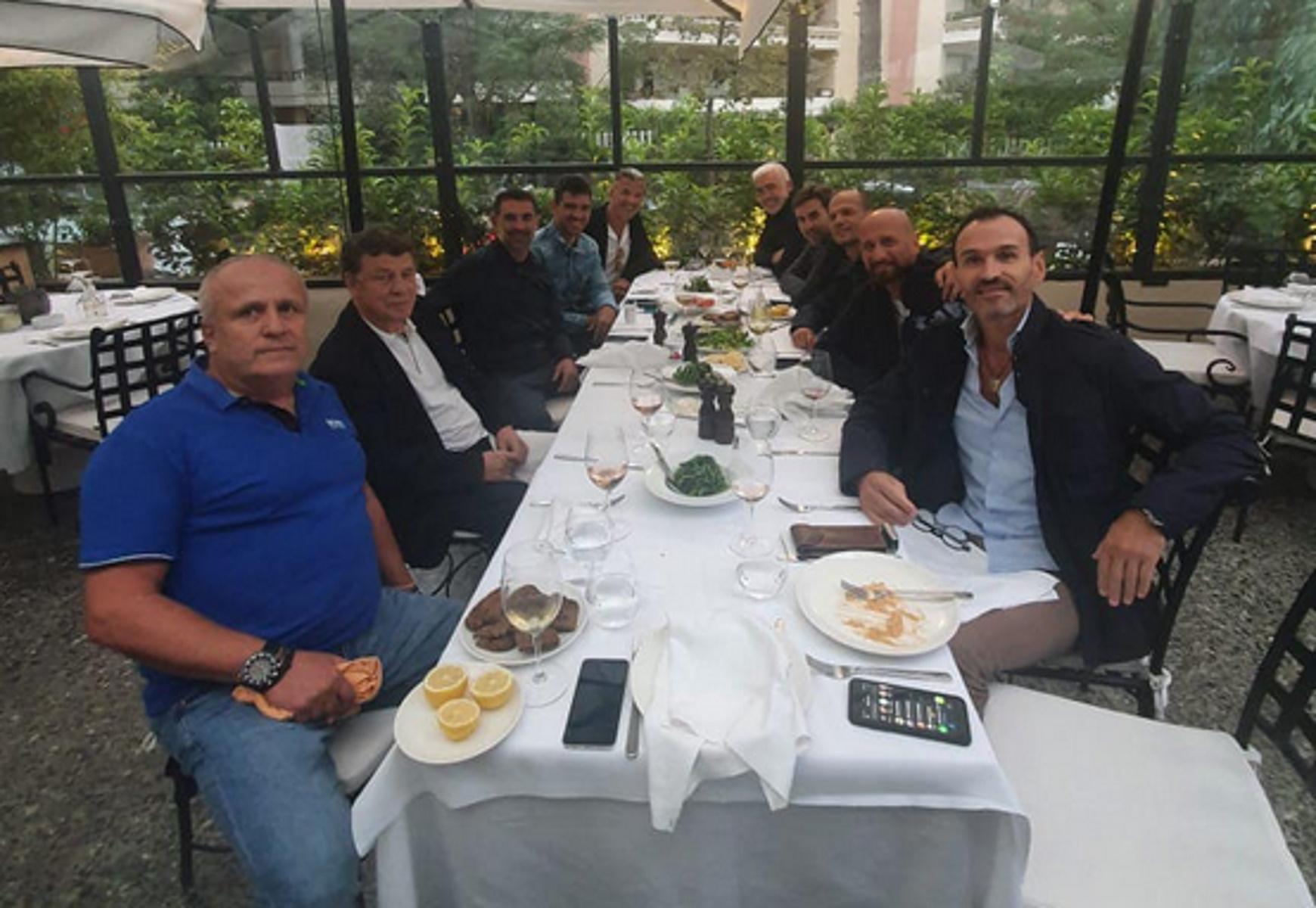 Το reunion των Greek Legends 2004 με τον Ότο Ρεχάγκελ απουσία Θοδωρή Ζαγοράκη