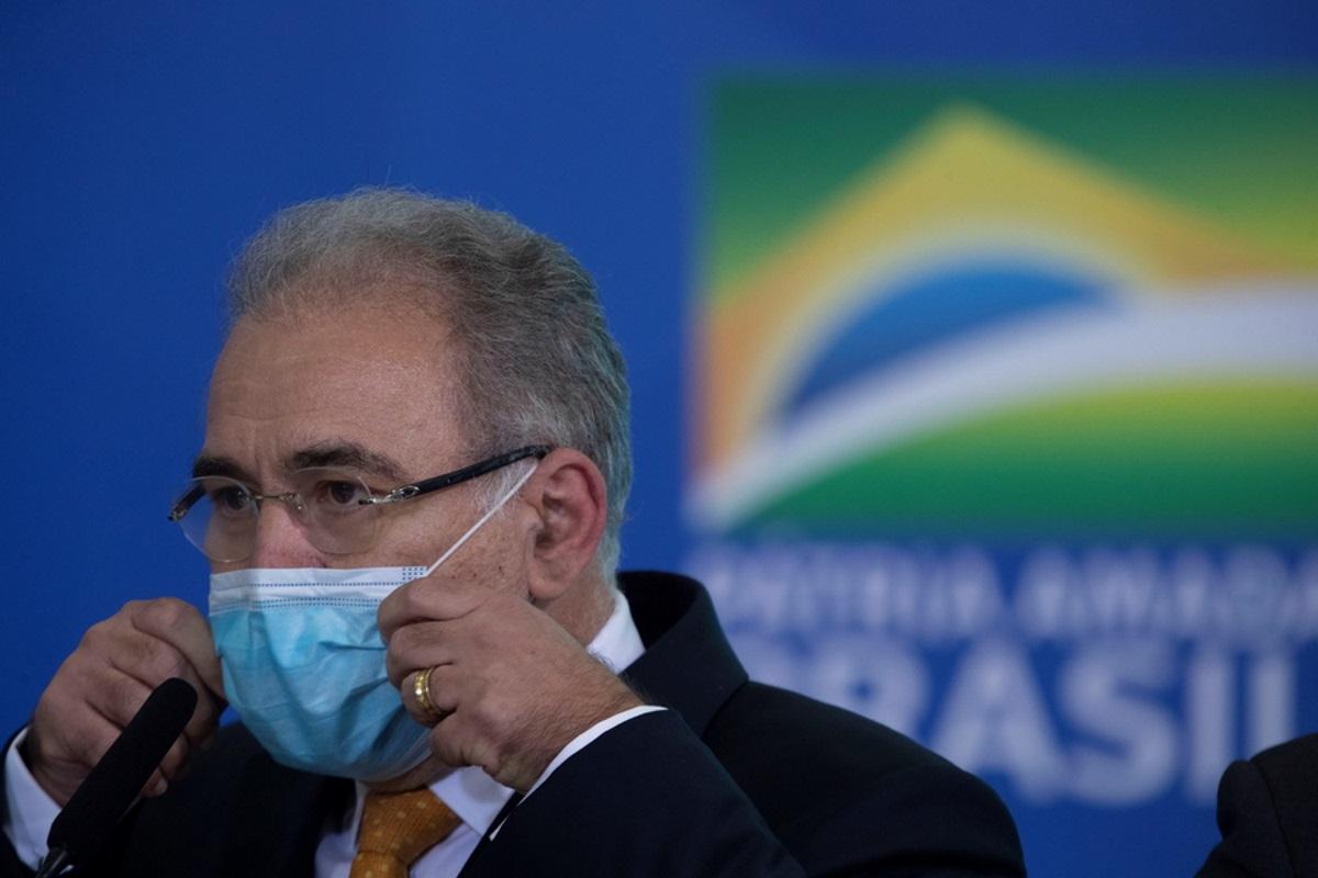Βραζιλία: Θετικός στον κορονοϊό ο υπουργός Υγείας που συνοδεύει τον Μπολσονάρο στον ΟΗΕ