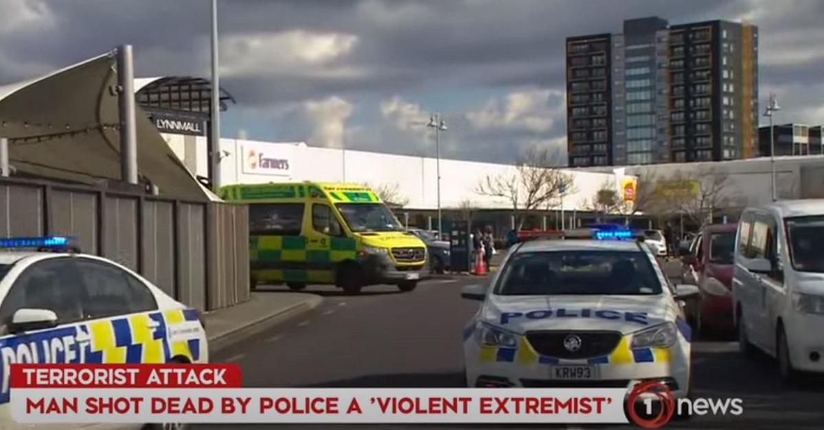 Νέα Ζηλανδία: «Τρομοκρατική» η επίθεση στο σούπερ μάρκετ στο Όκλαντ – Επηρεασμένος από τον ISIS ο δράστης