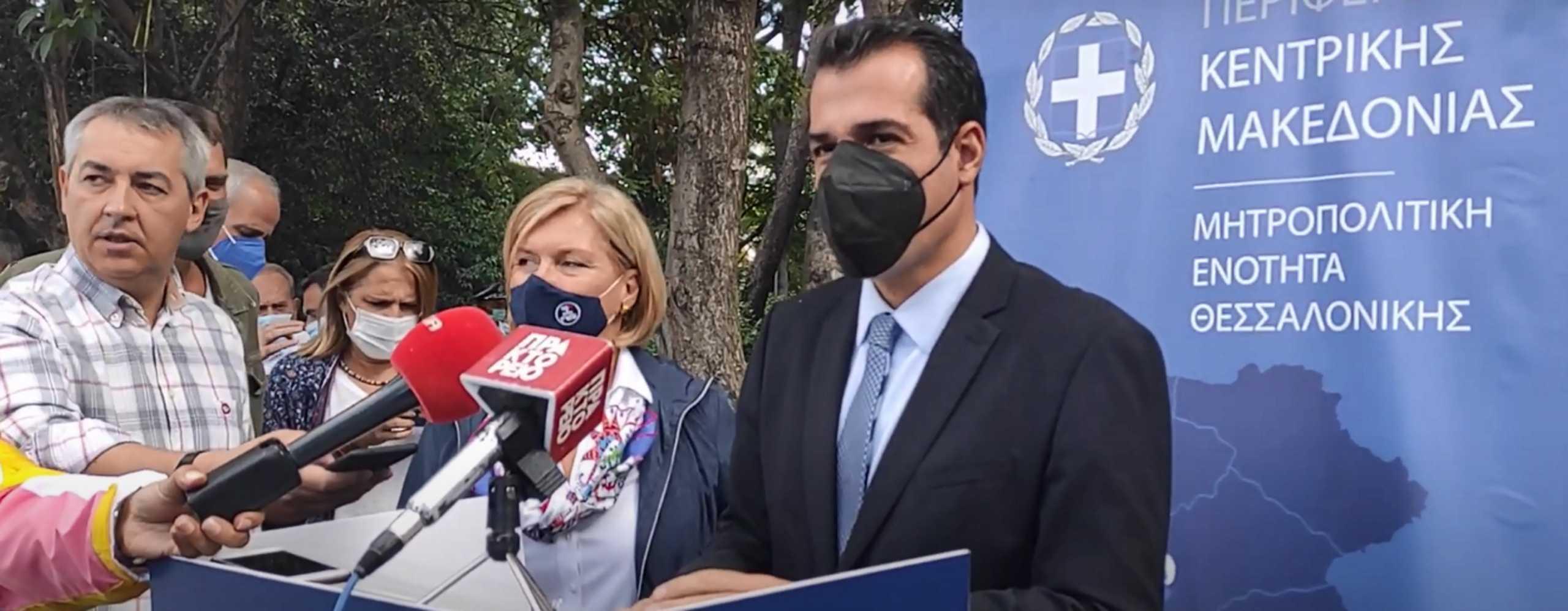 Κορονοϊός – Θάνος Πλεύρης: Γλιτώνει το lockdown η Θεσσαλονίκη