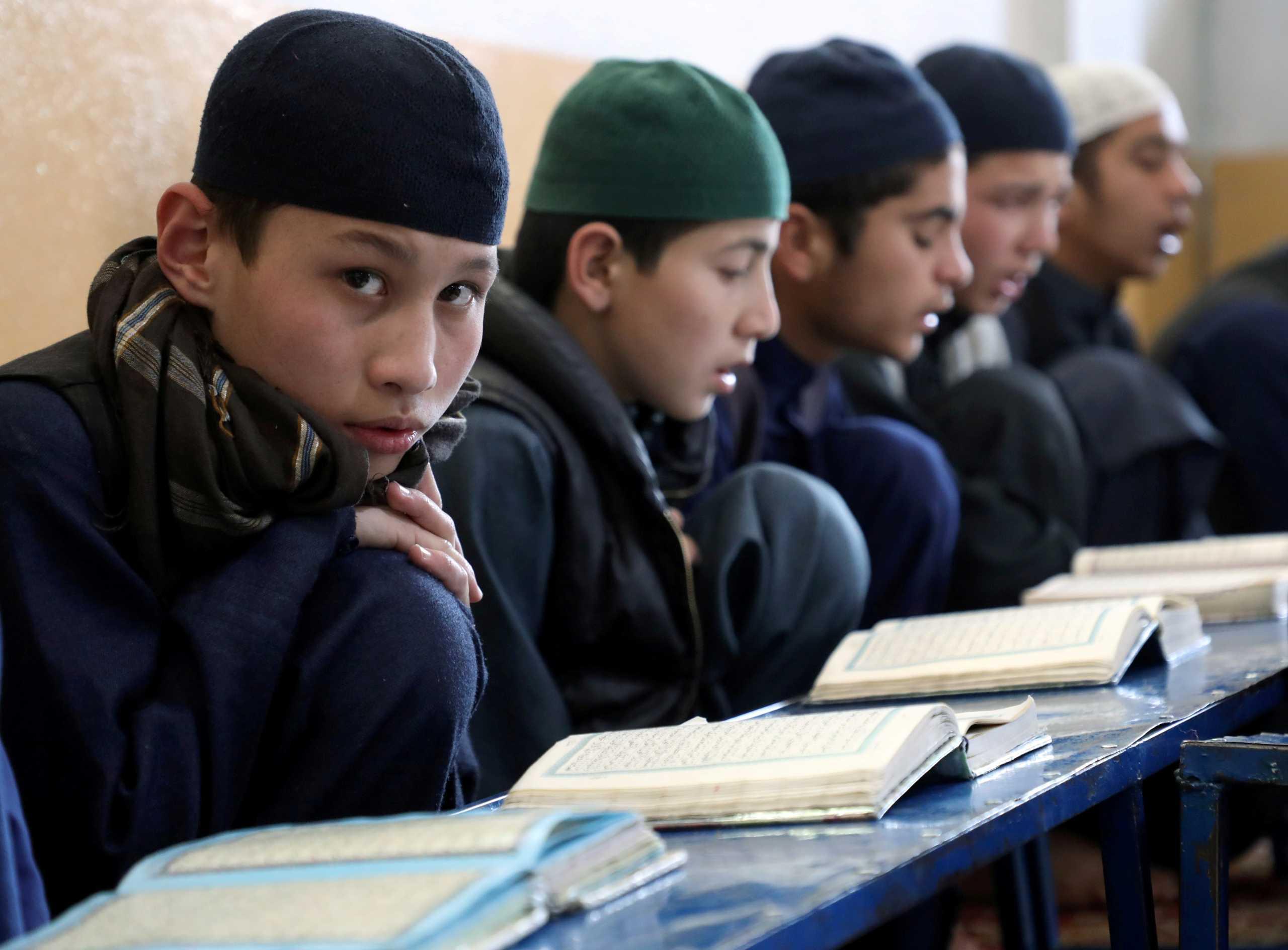 Αφγανιστάν: Οι Ταλιμπάν ανοίγουν τα σχολεία για τα αγόρια