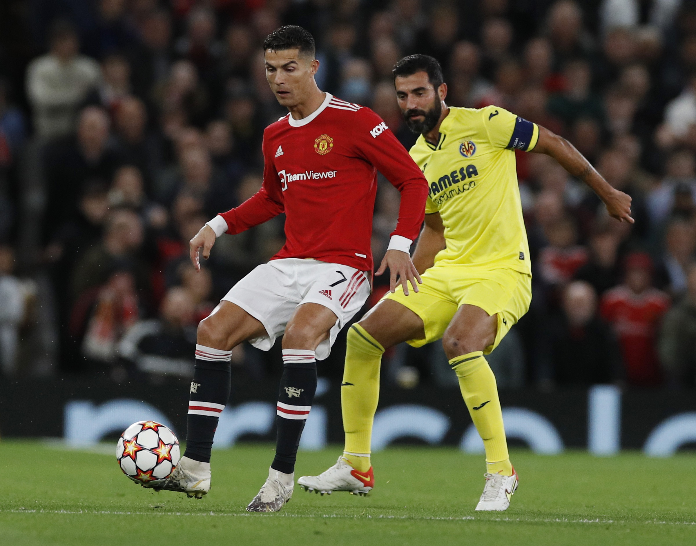 Champions League, Μάντσεστερ Γιουνάιτεντ – Βιγιαρεάλ 2-1: «Λυτρωτής» ο Κριστιάνο Ρονάλντο σε ιστορική βραδιά με γκολ στο 90+5′
