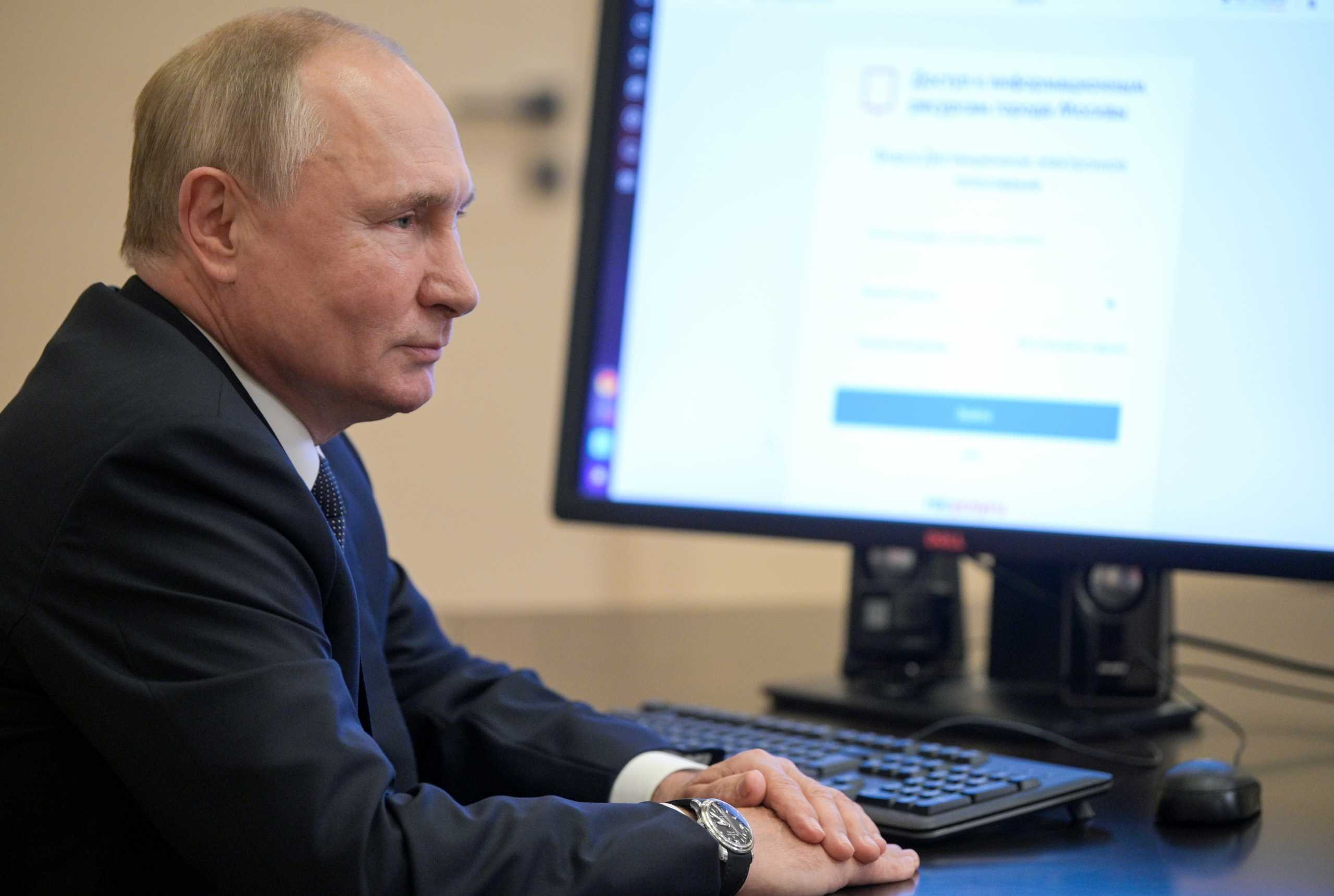 Ρωσία – Εκλογές: Το κόμμα του Βλαντίμιρ Πούτιν κερδίζει πάνω από τα 2/3 των βουλευτικών εδρών
