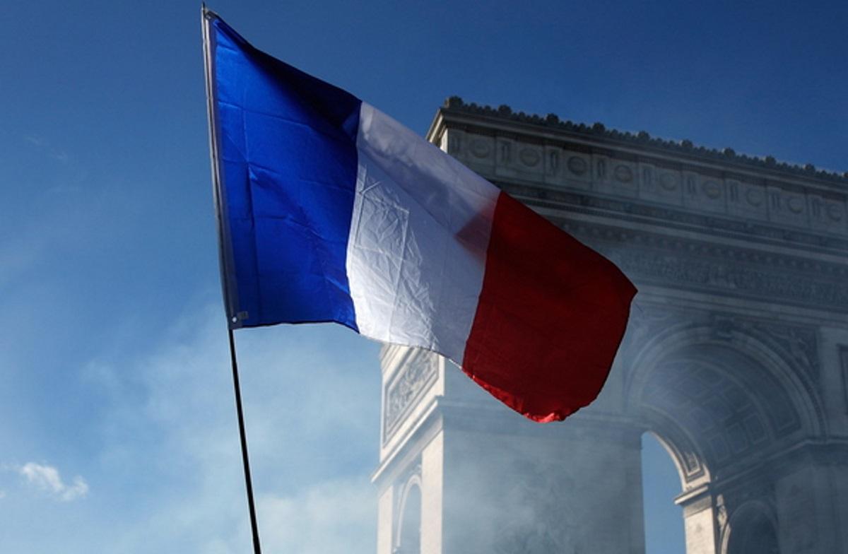 Η Γαλλία διαψεύδει ότι είχε ενημερωθεί εκ των προτέρων για τη νέα «συμμαχία» της Ουάσινγκτον με την Καμπέρα και το Λονδίνο