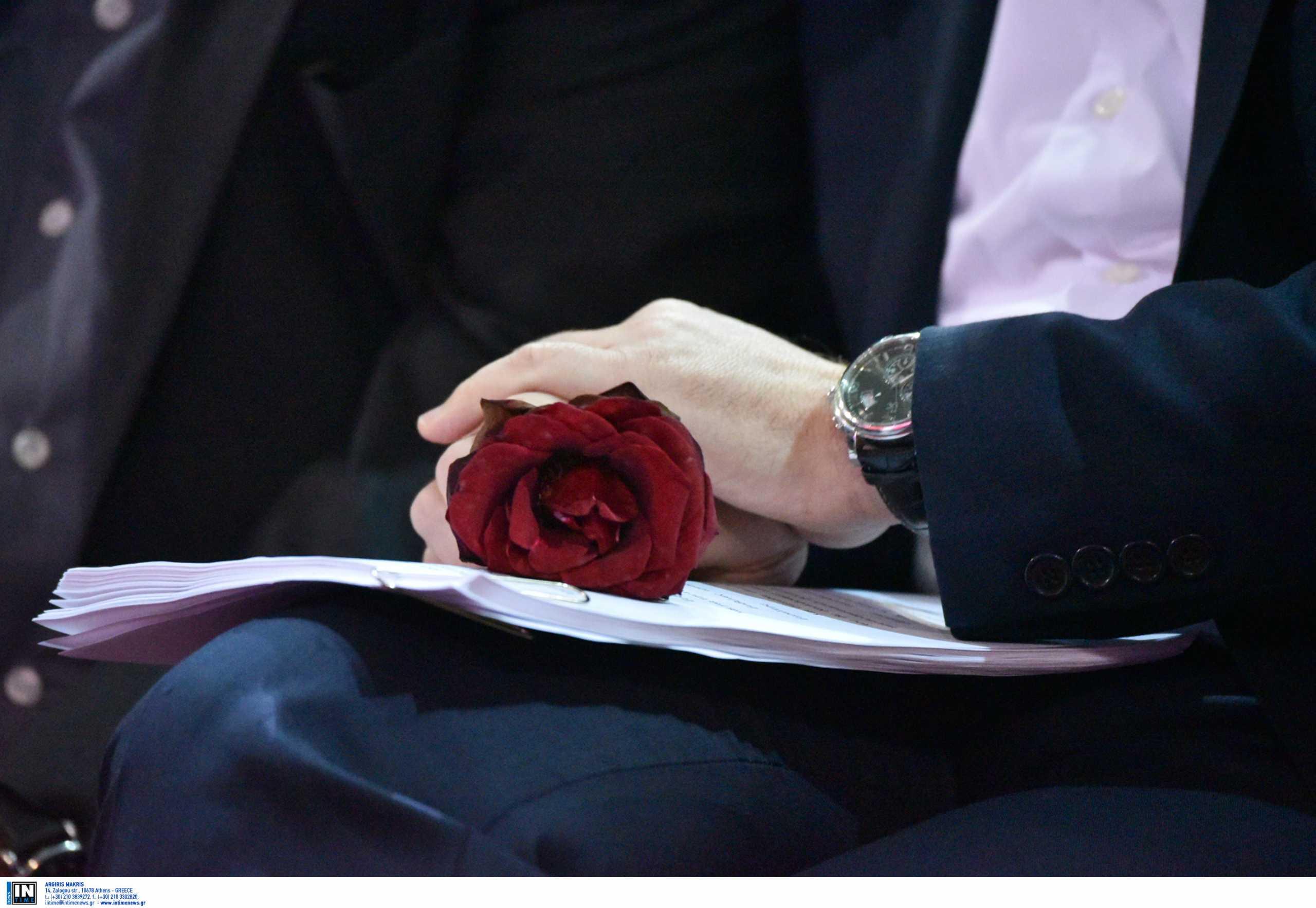 Πέθανε ο δεξιοτέχνης του μπουζουκιού Βαγγέλης Λιόλιος