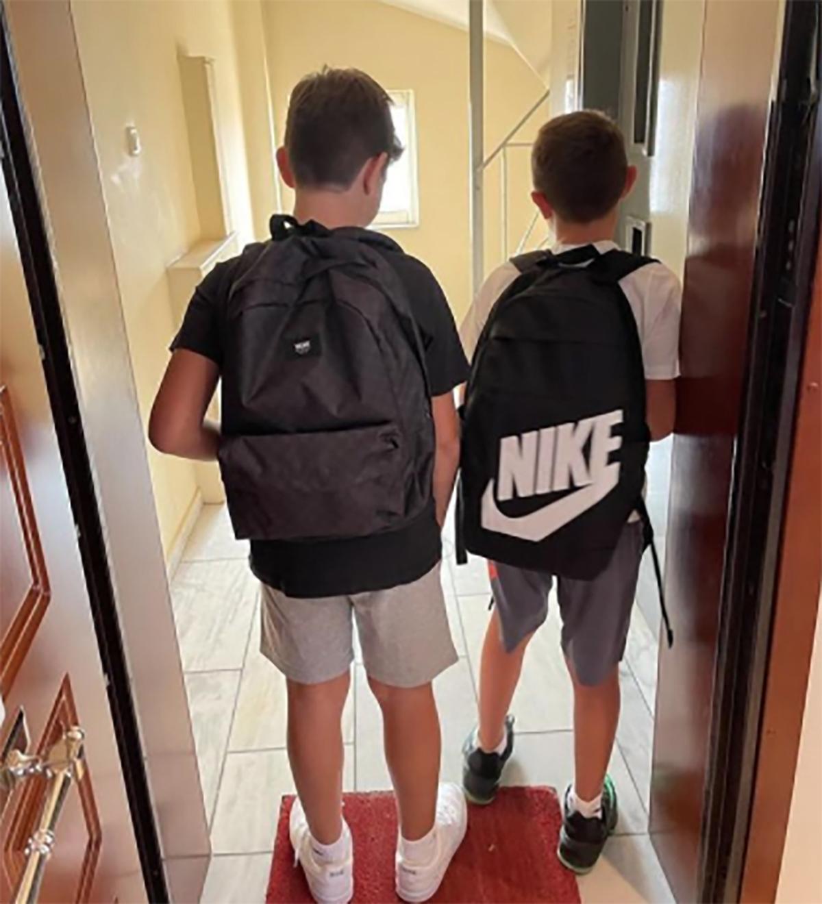 Πρώτη μέρα στο σχολείο για τους γιούς του Αλέξη Τσίπρα