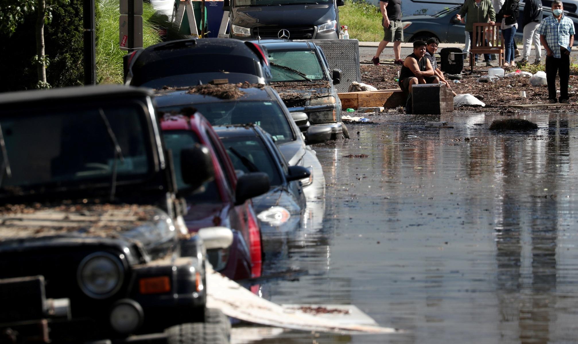 ΗΠΑ: «Τουλάχιστον 22 οι νεκροί» από τη σφοδρή κακοκαιρία – Πλημμύρισαν Νέα Υόρκη και Νιου Τζέρσι