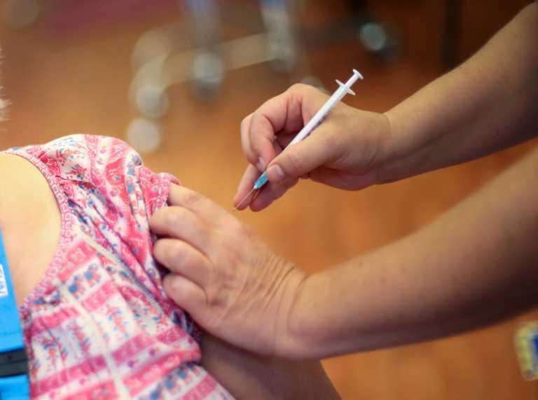 Κορονοϊός: Ο νέος τύπος εμβολίου με αδρανοποιημένο ιό ασφαλές για τα παιδιά