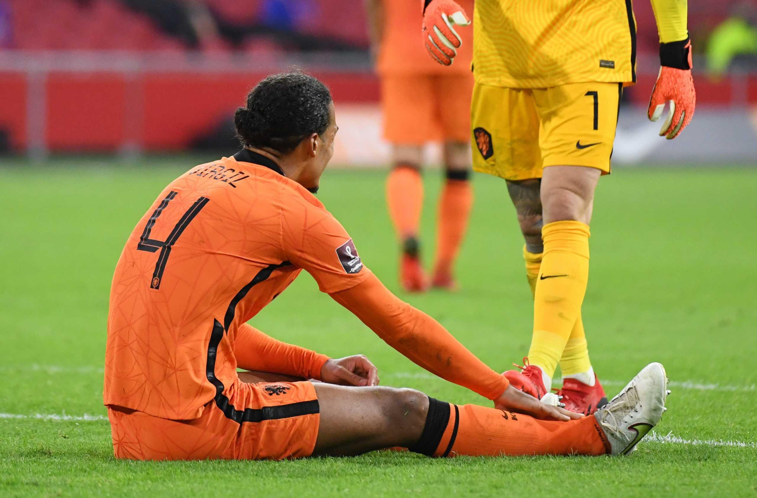 Ο Φαν Ντάικ καθησύχασε τη Λίβερπουλ για τον τραυματισμό του: «Είμαι καλά, το ξέχασα κιόλας»