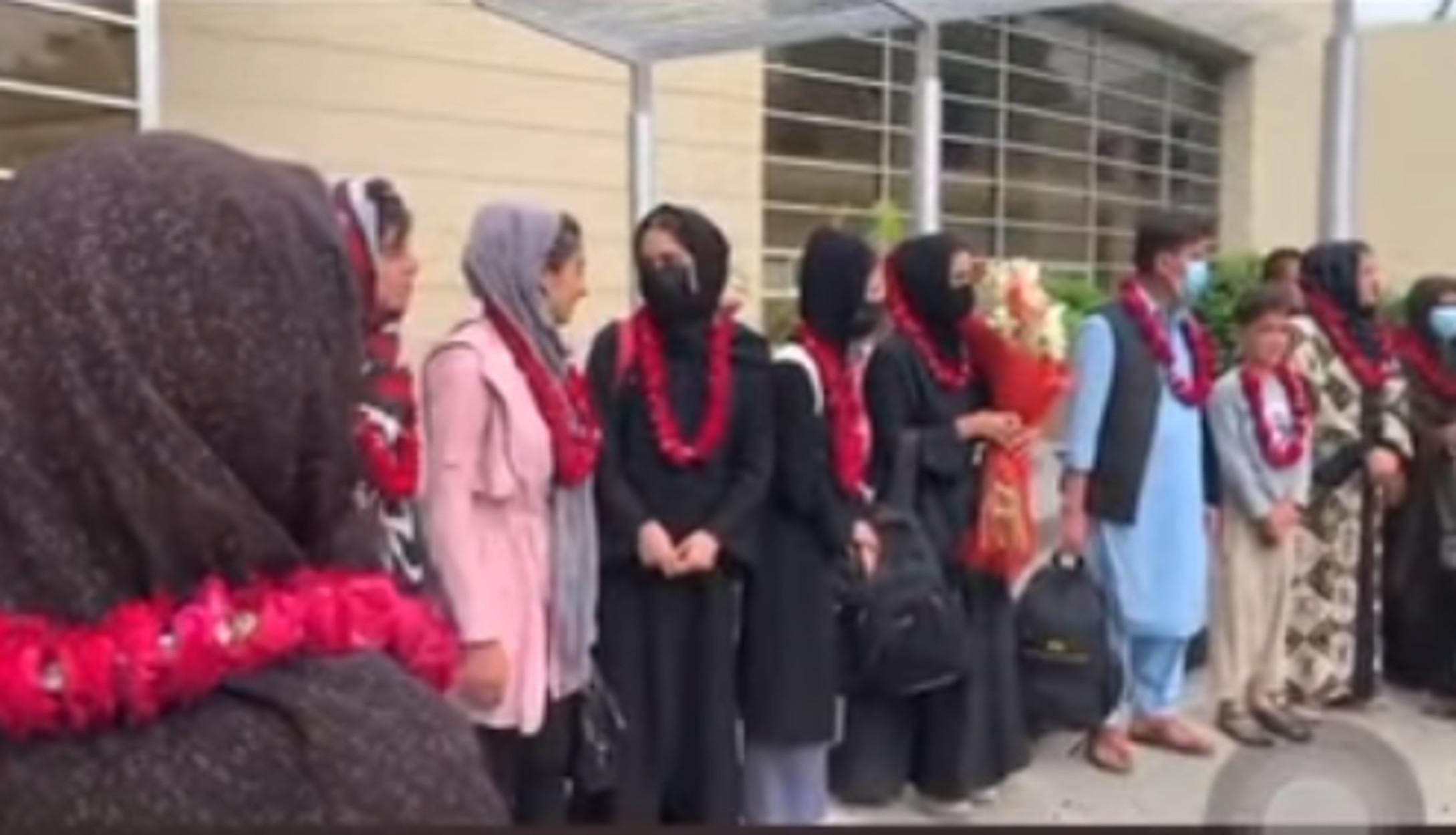 Αφγανιστάν: Έφτασε στο Πακιστάν η γυναικεία ποδοσφαιρική ομάδα για ξεφύγει από τους Ταλιμπάν