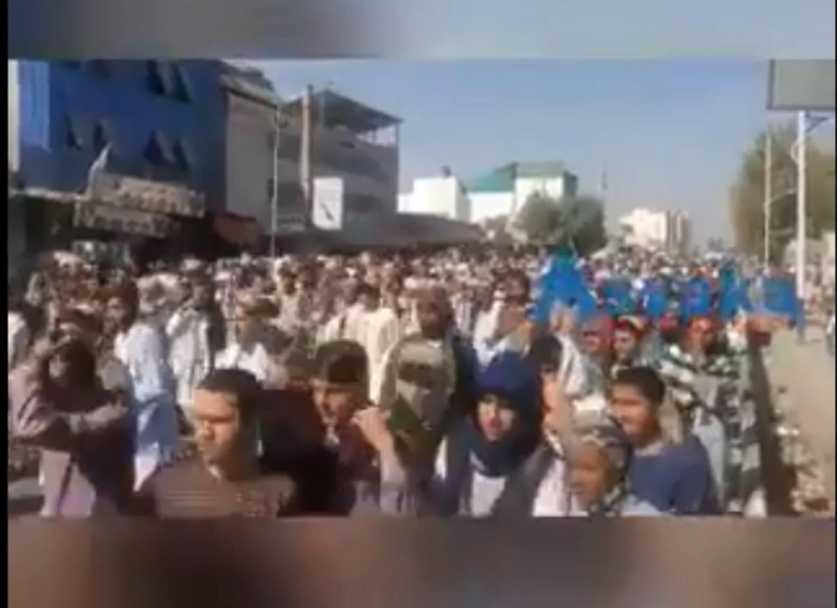Αφγανιστάν: Χιλιάδες στους δρόμους κατά των Ταλιμπάν
