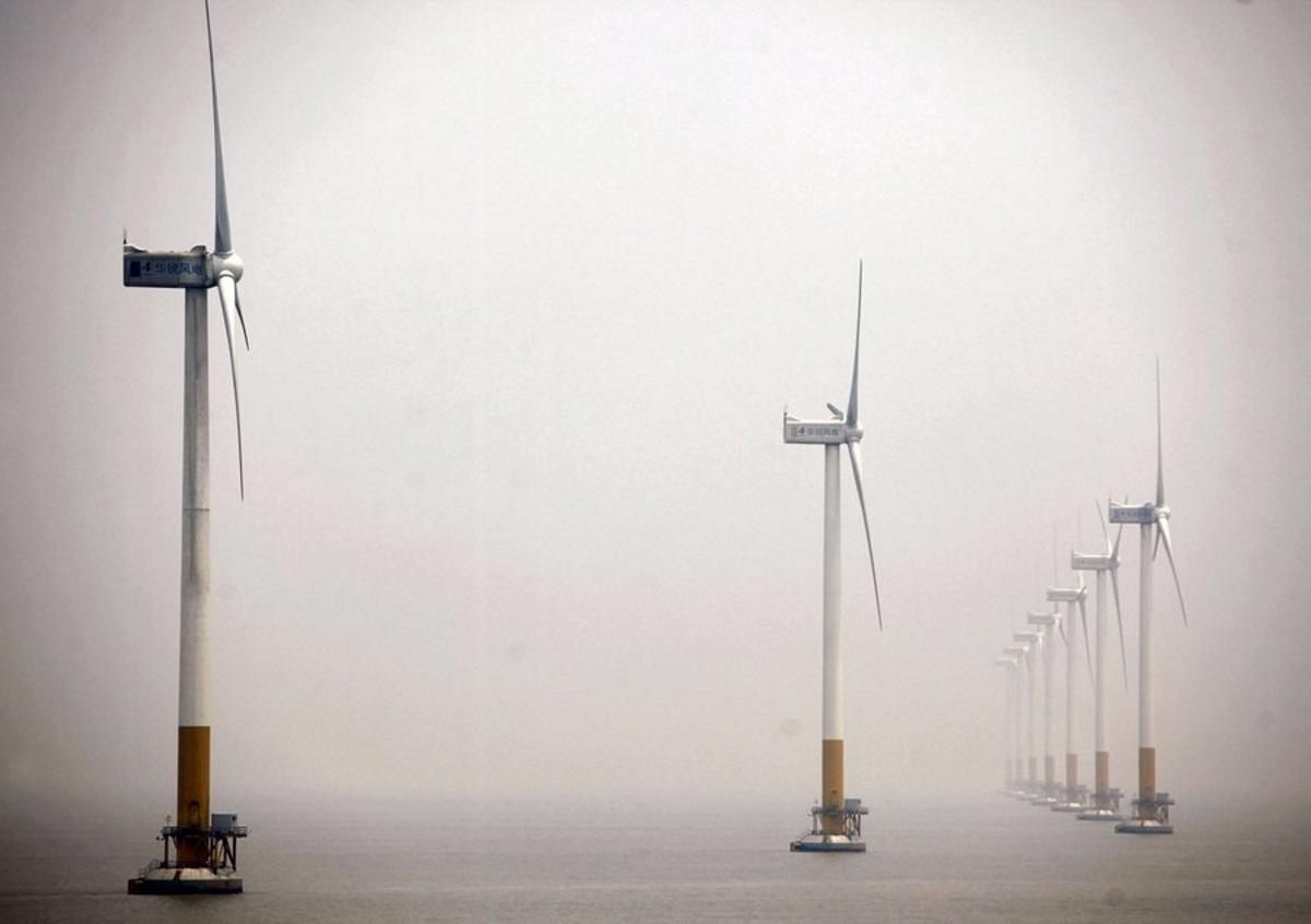 Κίνα: Σε λειτουργία νέο αιολικό πάρκο μέσα στη θάλασσα