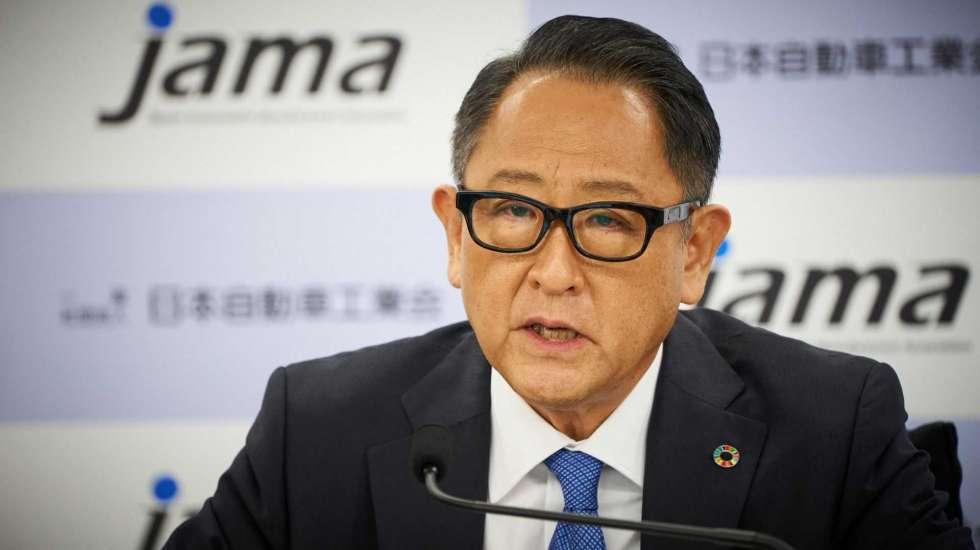Καμπανάκι από τον πρόεδρο της Toyota για τις θέσεις εργασίας που θα χαθούν εξαιτίας της ηλεκτροκίνησης