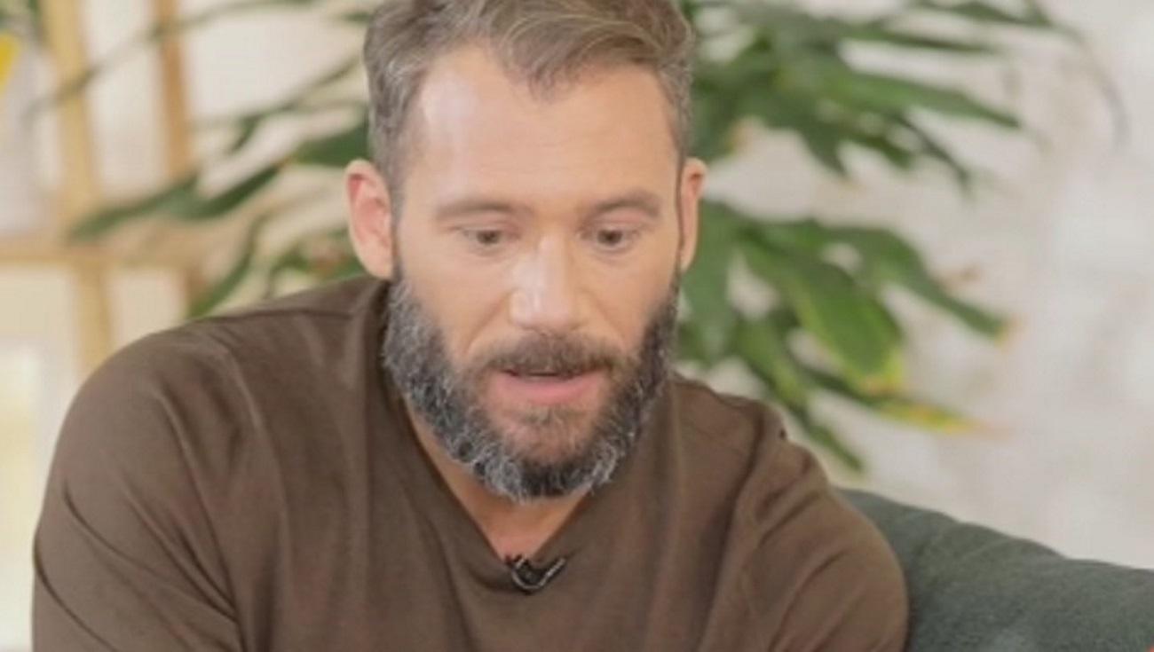 Αντίνοος Αλμπάνης: «Όταν τελείωσα τις θεραπείες για τον καρκίνο, ξεκίνησα ψυχοθεραπεία»