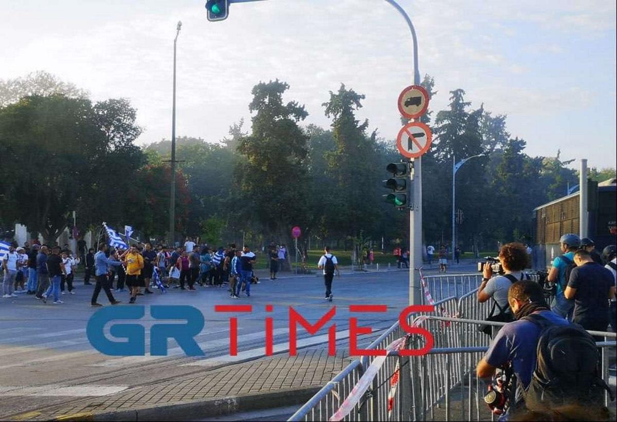 Θεσσαλονίκη: Ένταση στη συγκέντρωση των αντιεμβολιαστών