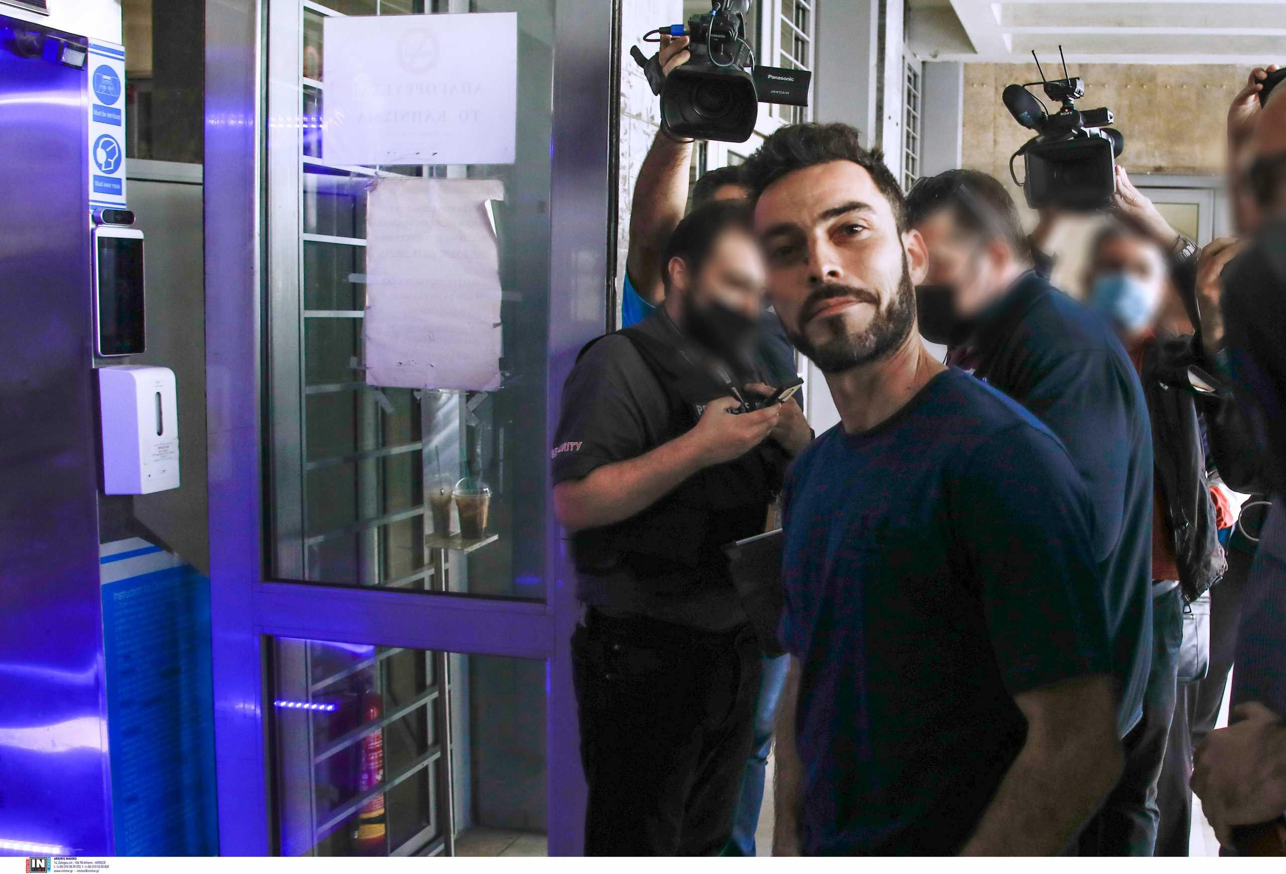 Κορονοϊός – Θεσσαλονίκη: Πρόστιμο για χρήση μάσκας έφαγε στα δικαστήρια ο αρνητής πατέρας των self test