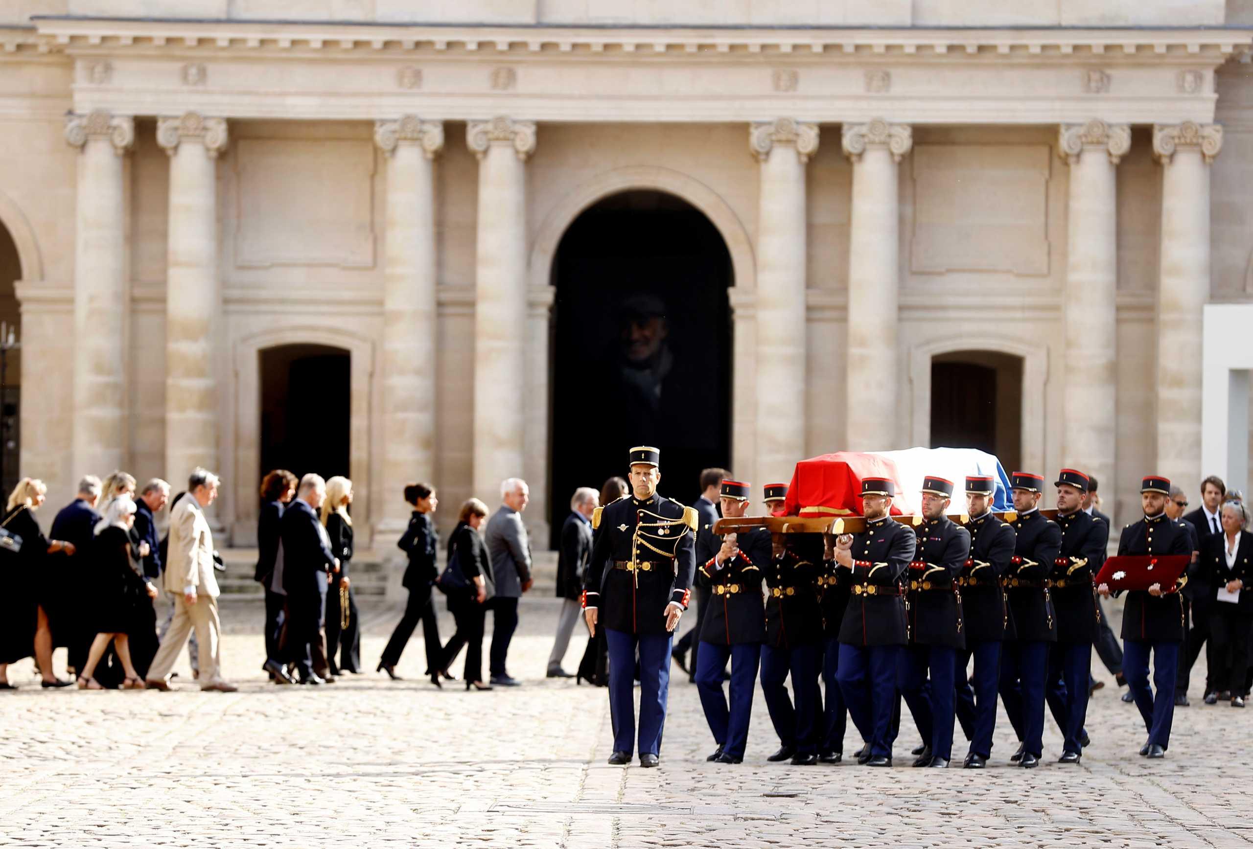 Ζαν Πολ Μπελμοντό: Η Γαλλία αποχαιρετά τον αγαπημένο της «Μπεμπέλ»