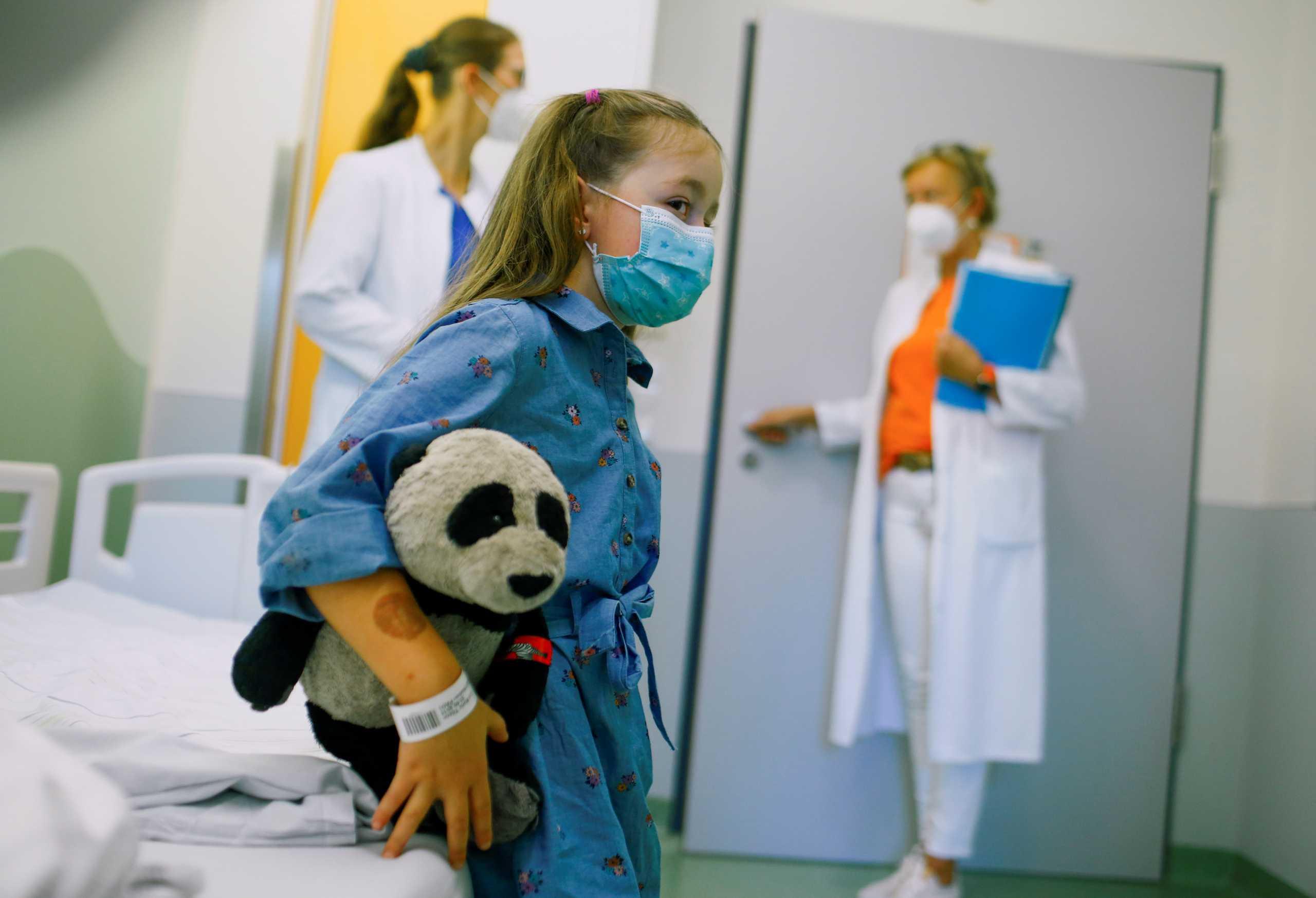 Κορονοϊός: Στην τελική ευθεία το σχέδιο για τις νοσηλείες παιδιών – Ανησυχία «μη γίνουμε ΗΠΑ»