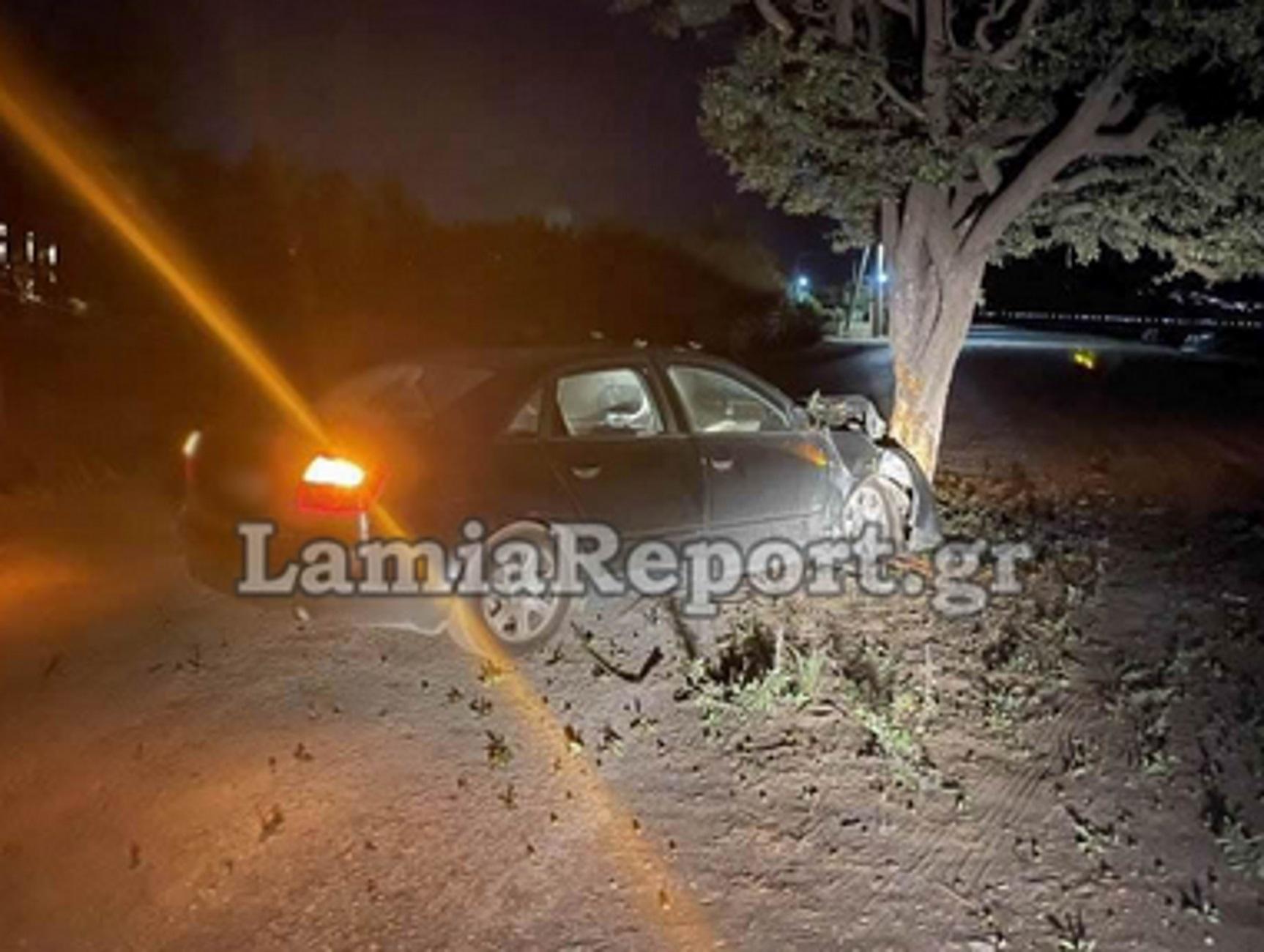 Φθιώτιδα: Έπεσε πάνω στο ένα και μοναδικό δέντρο που υπήρχε στο δρόμο σε ένα σπάνιο τροχαίο